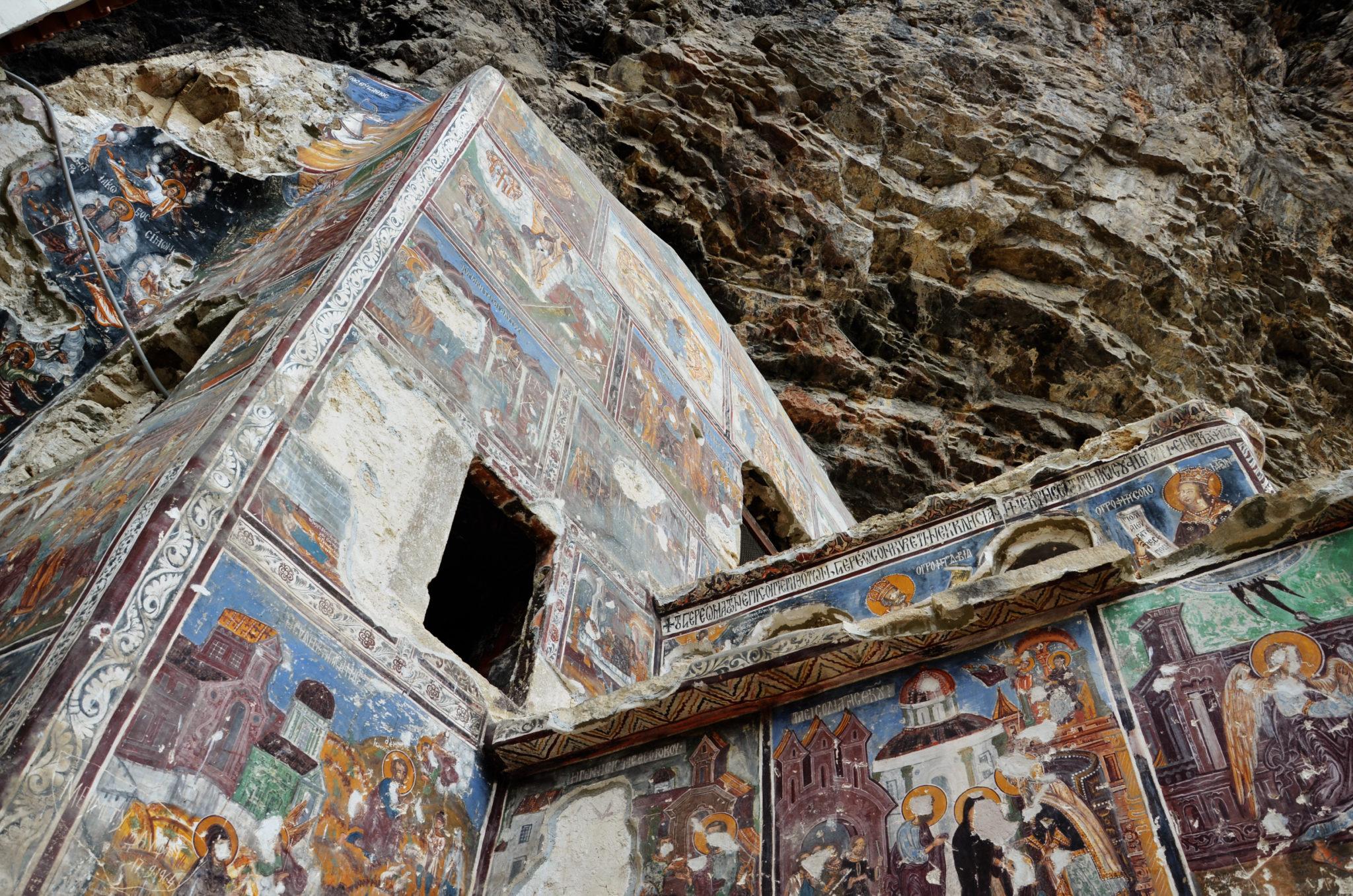 Kloster-Sumela-Kloster-mit-Malereien