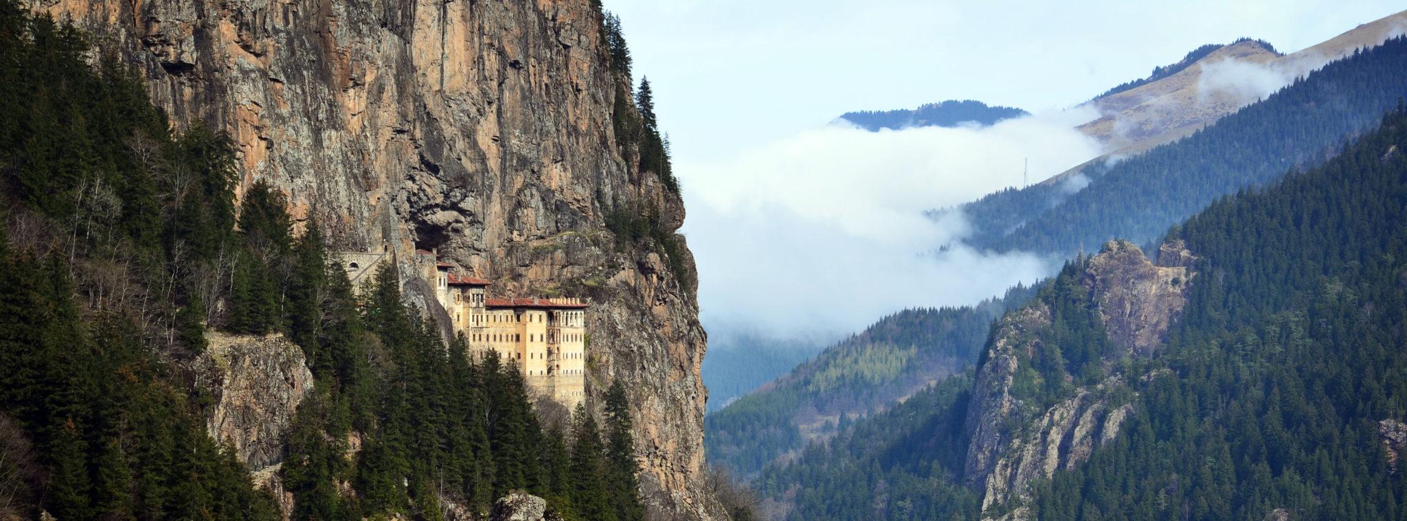 Kloster-Sumela-Landschaft-Slider