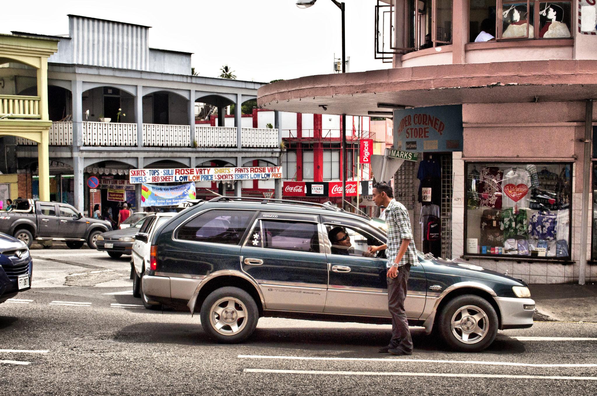 Fidschi-Reisetipps-Strasse-Suva