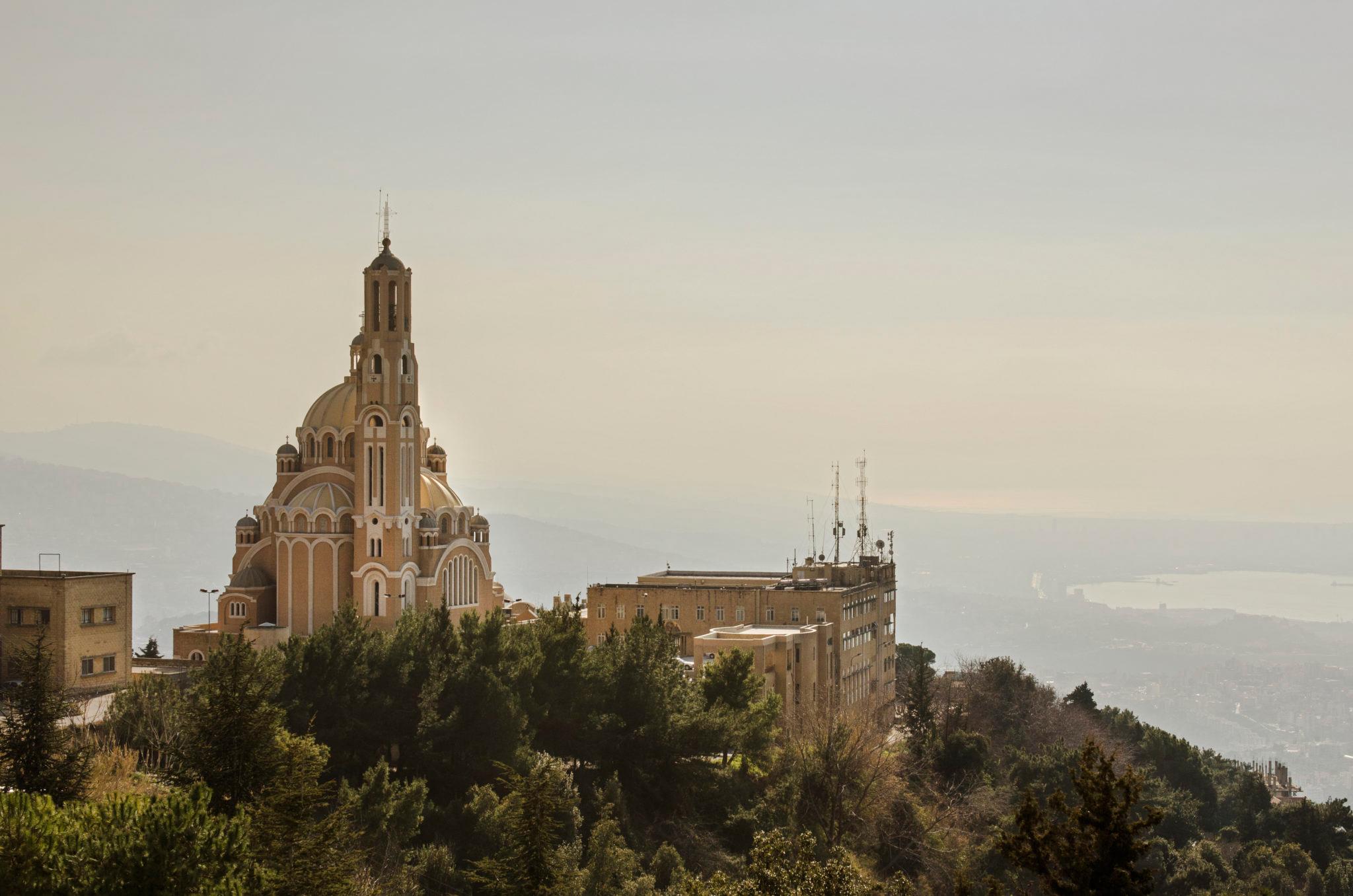 Der Ausblick von Harissa auf die Kathedrale