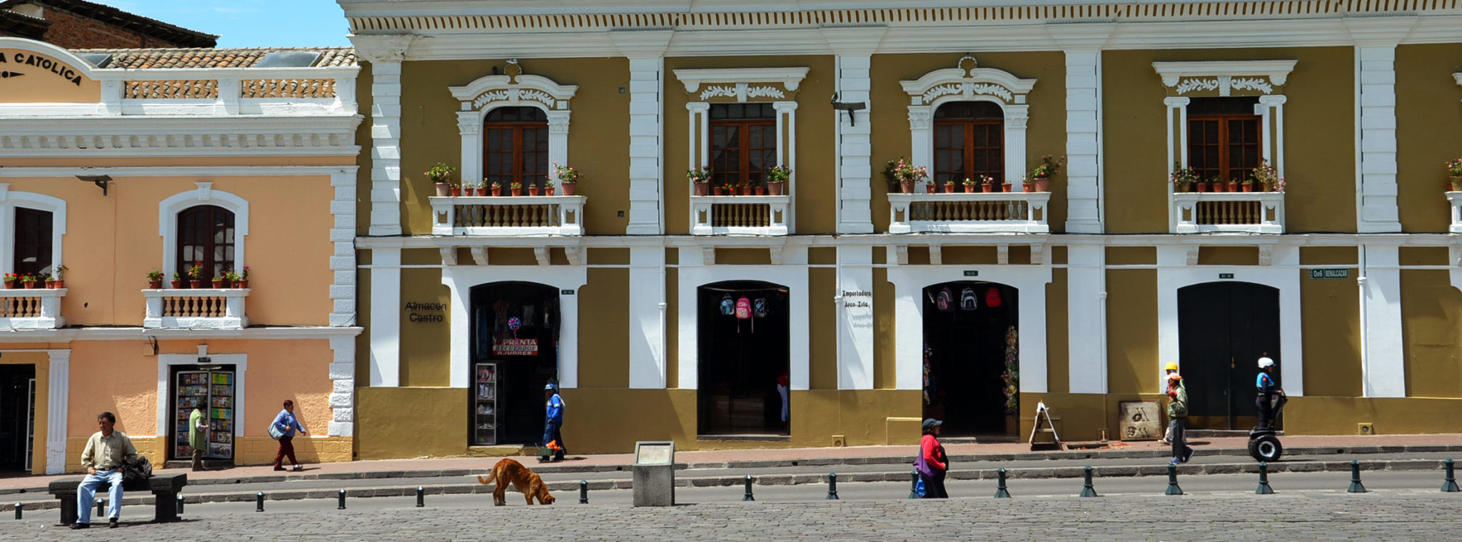 Sehenswuerdigkeiten-Ecuador-Quito-Haeuser-Slider