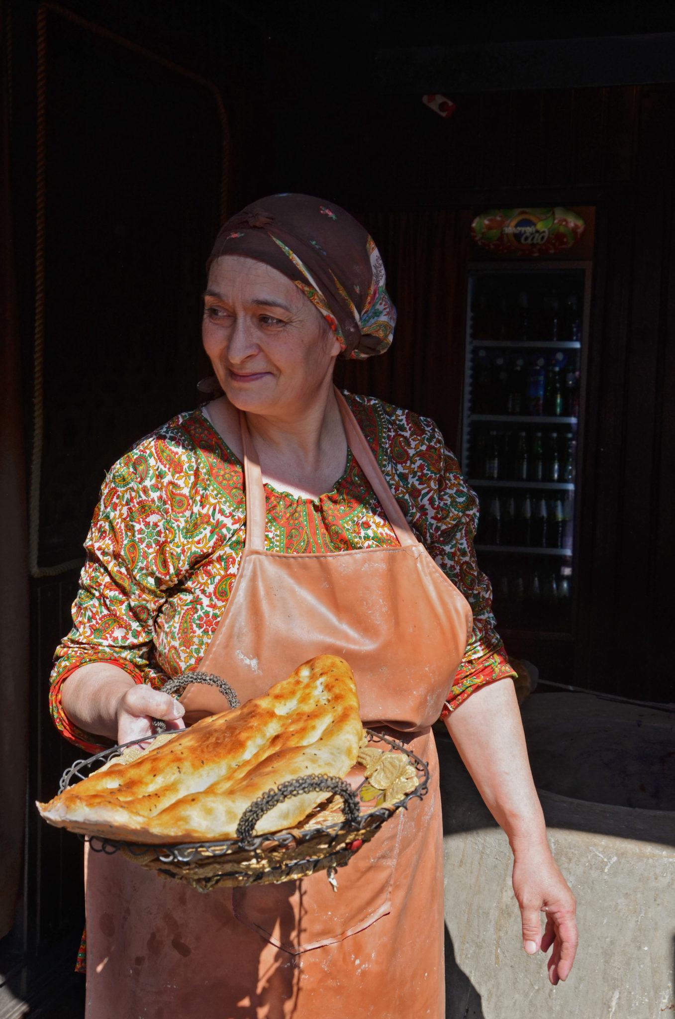 Aserbaidschan-Reisetipps-Frau-allein