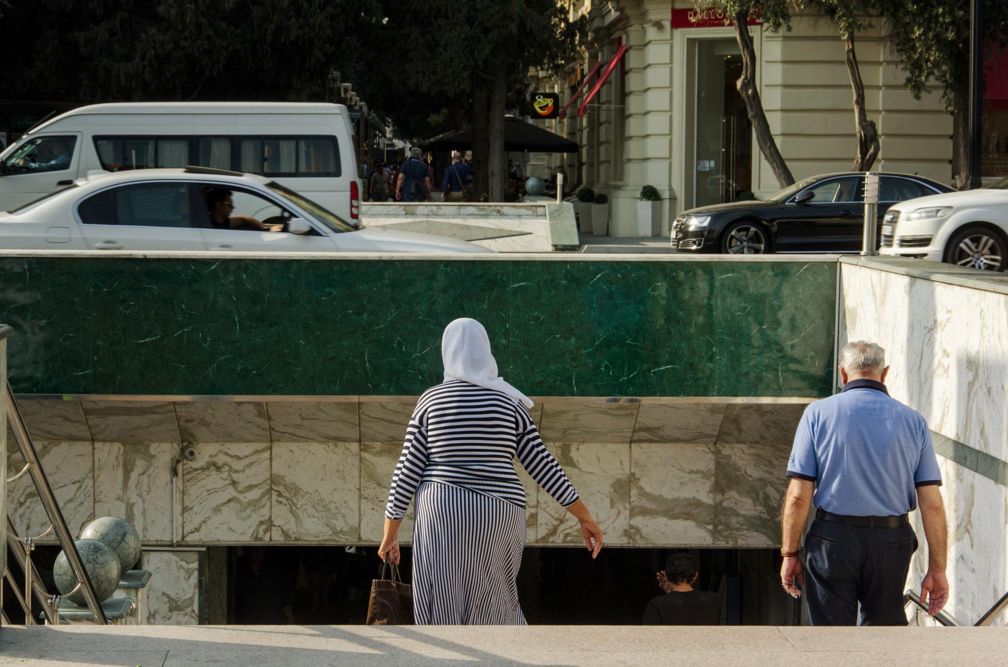 Ein Ubahnschacht in der Hauptstadt von Aserbaidschan