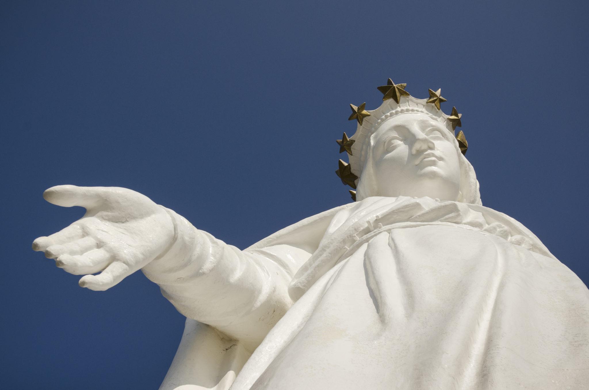 Libanon-Reisen-Harissa-Statue