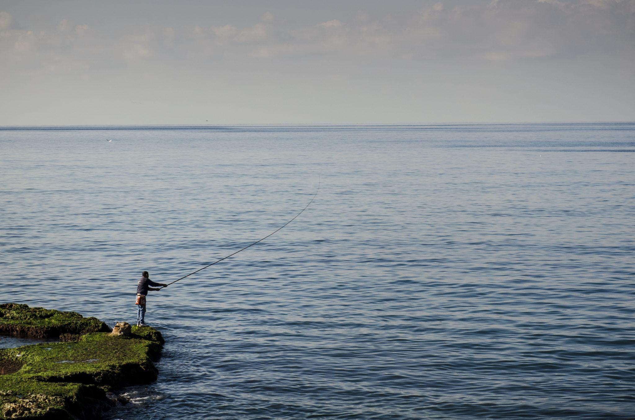 Libanon Reisen führen immer direkt ans Mittelmeer