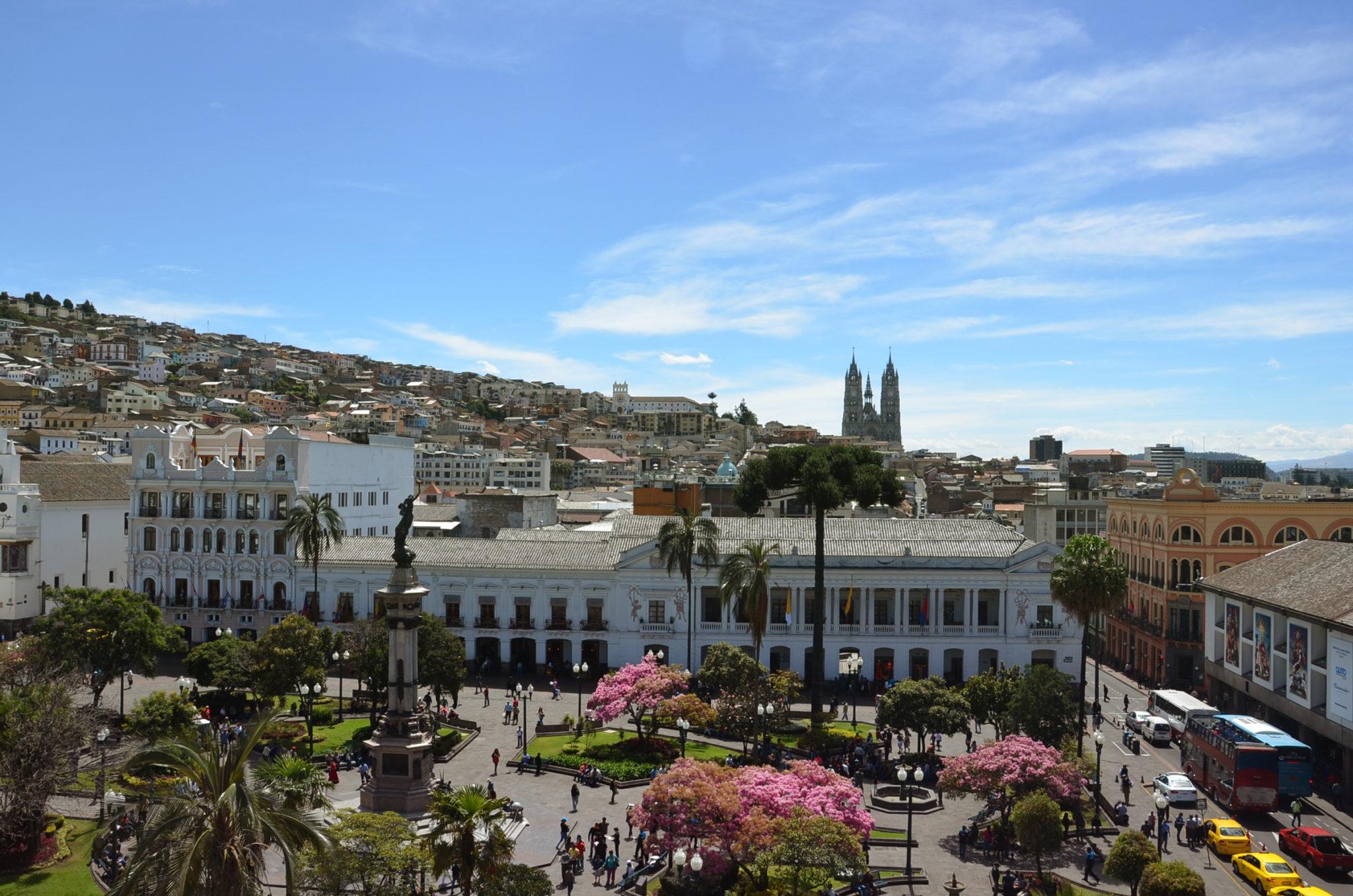 Die Hauptstadt Quito gehört zu den Reisetipps Ecuador
