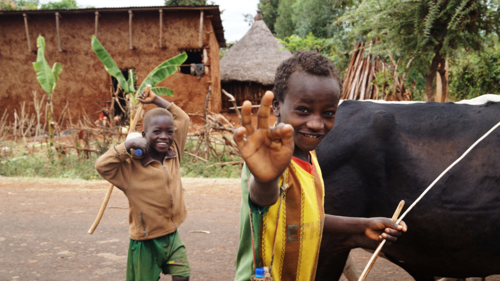 Suedaethiopien-Menschenzoo-Jinka-Kinder