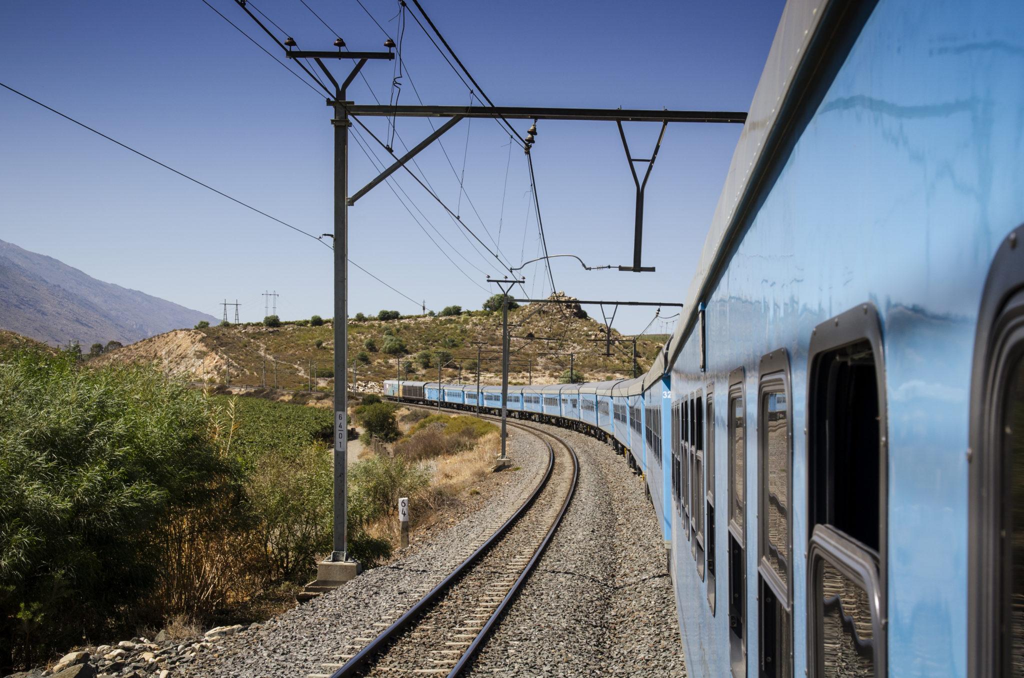 Im Blue Train von Johannesburg nach Kapstadt gilt als geheimer unter den Südafrika Reisetipps