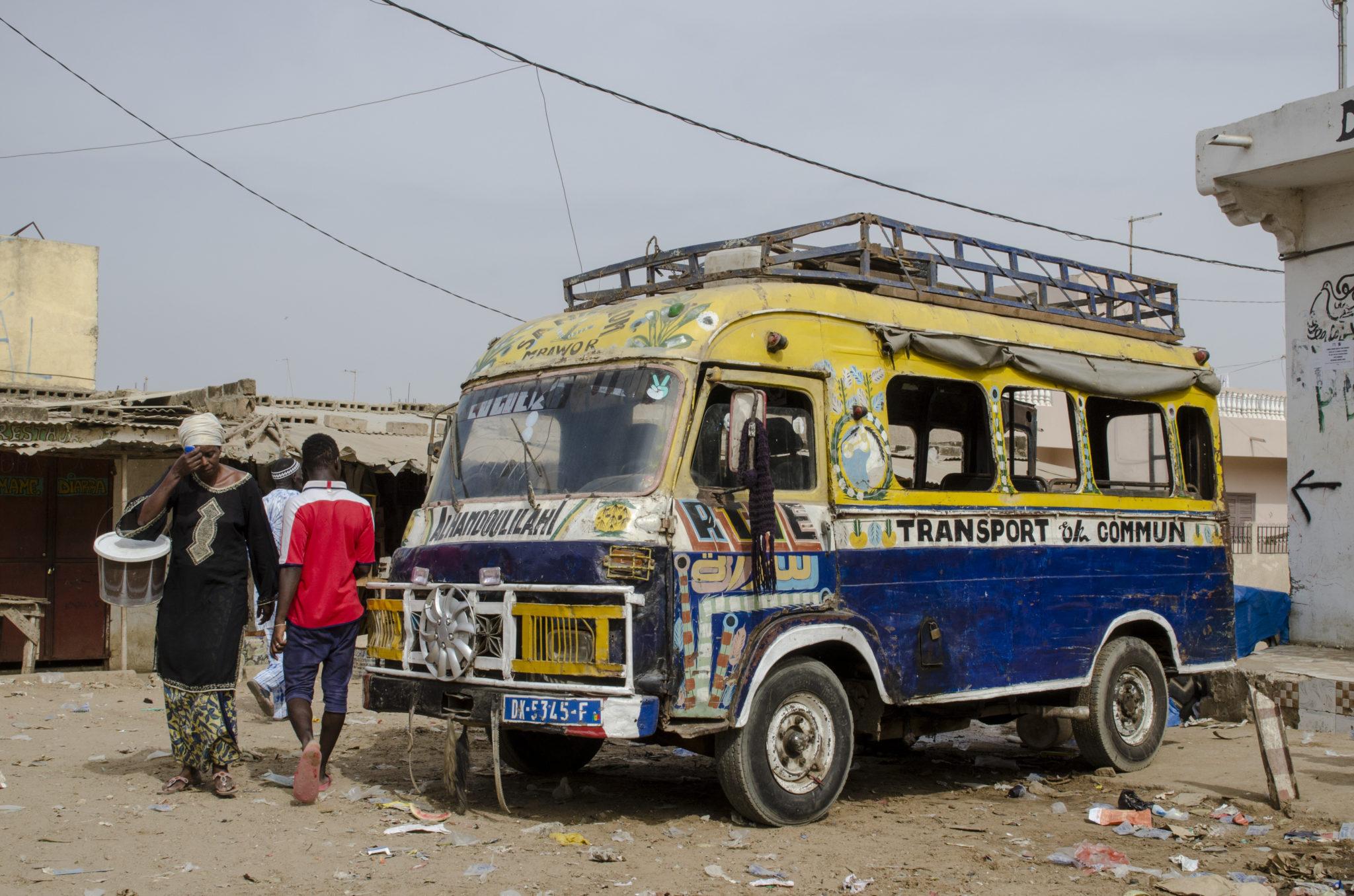 Eine unvergessliche Busfahrt im Senegal: Der süße Geruch von Clementinen
