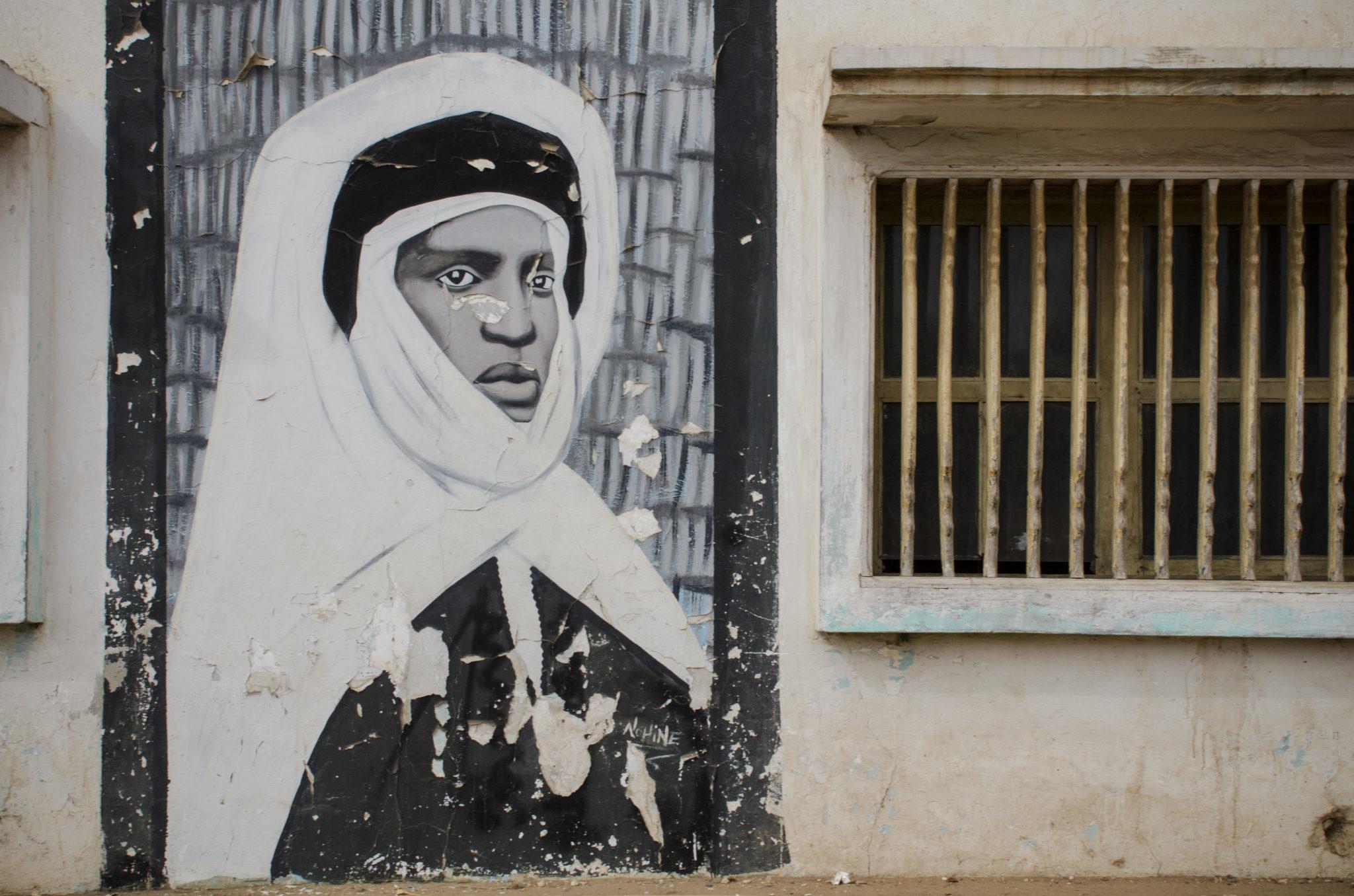 Eine Wandmalerei in Mbour an der Petite Côte im Senegal