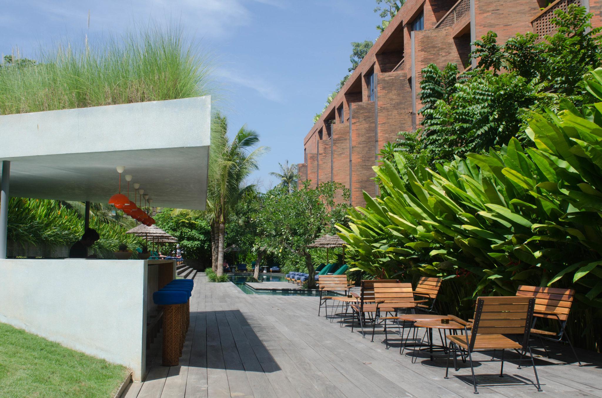 Katamama-Hotel-Bali-Poolbar