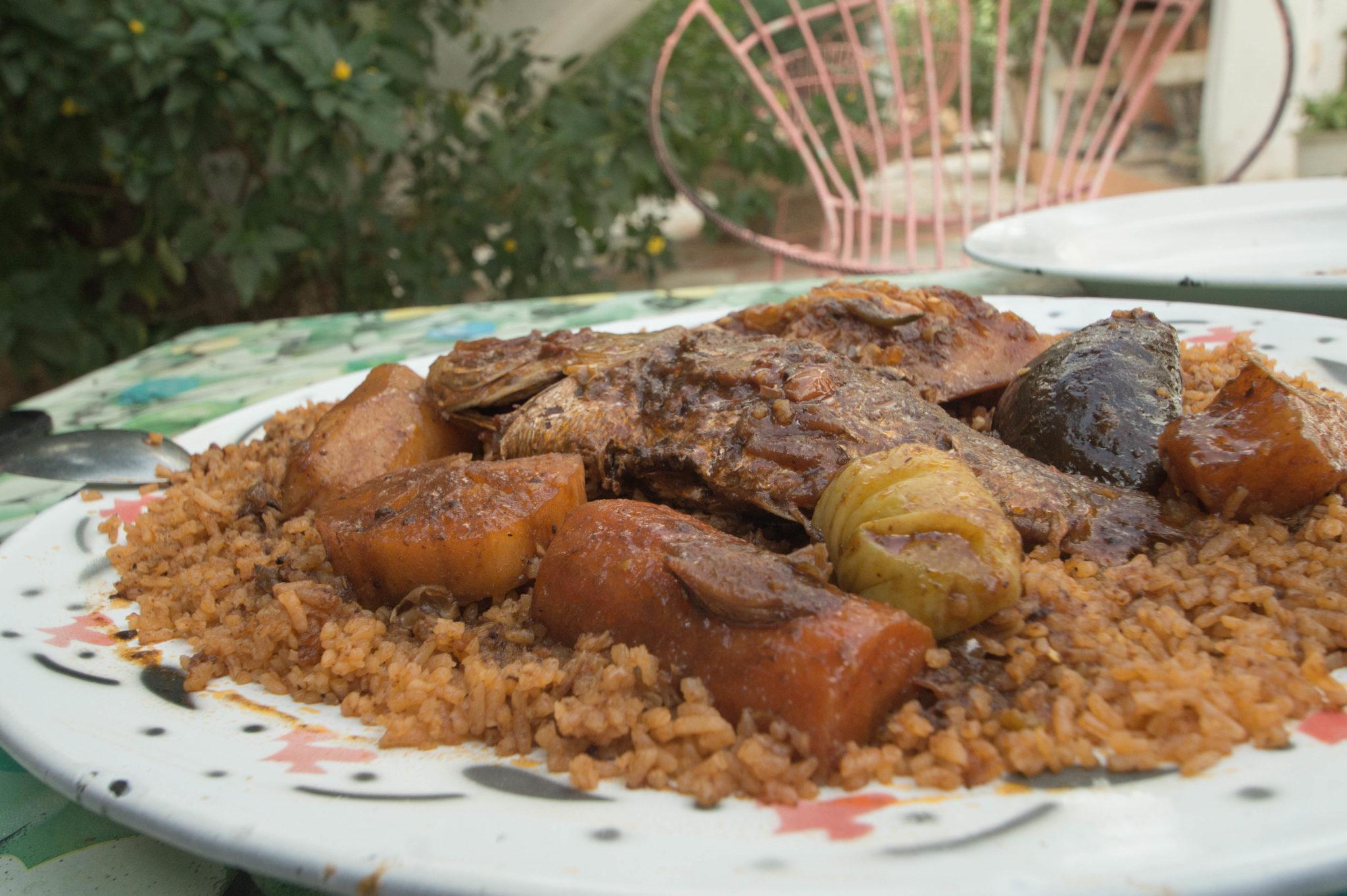 Thieboudienne ist das Nationalgericht der senegalesischen Küche