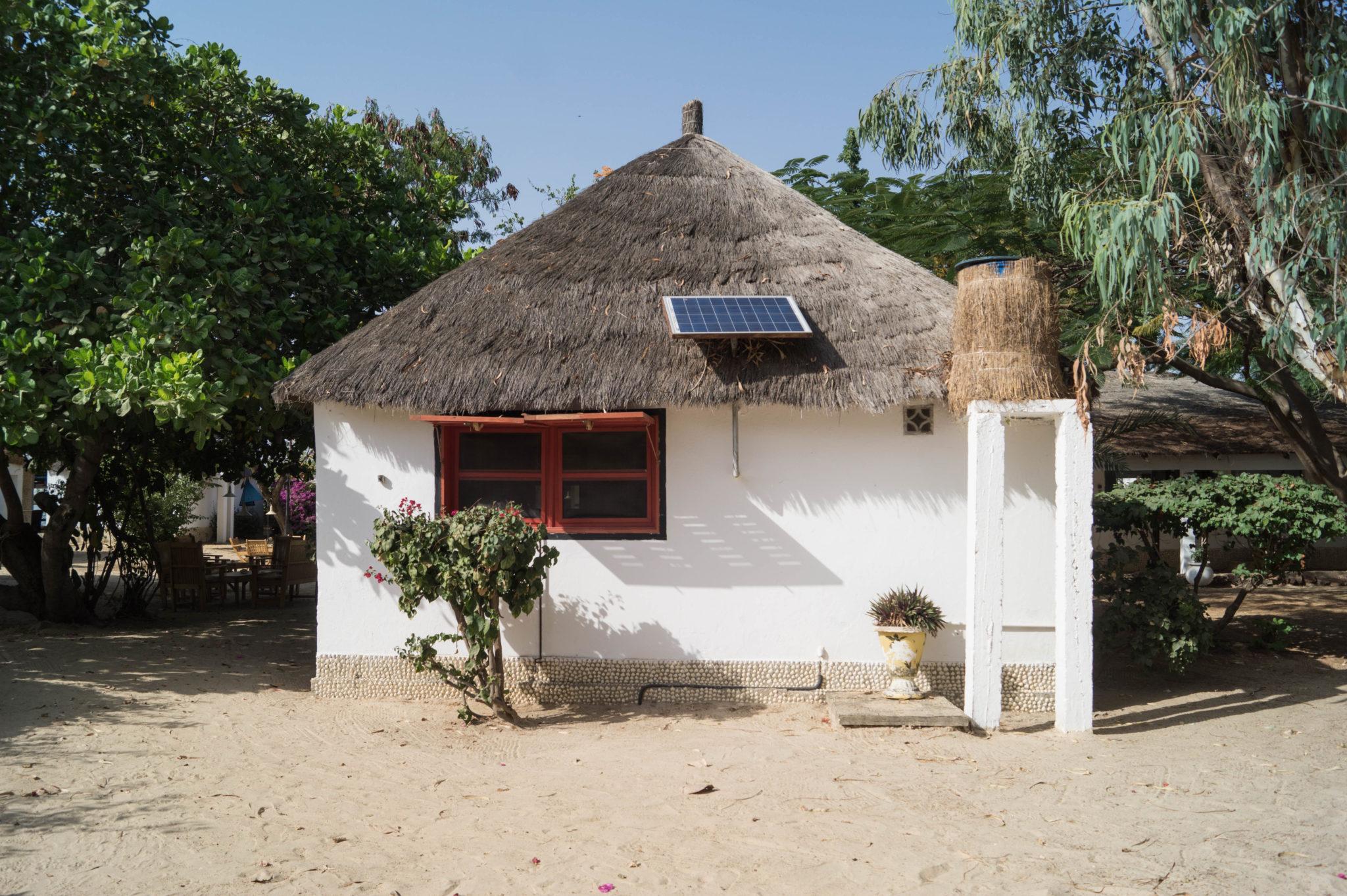 Le Bazouk du Saloum: Kleine Strandhütten im Kraibikflair im Sine Saloum Senegal