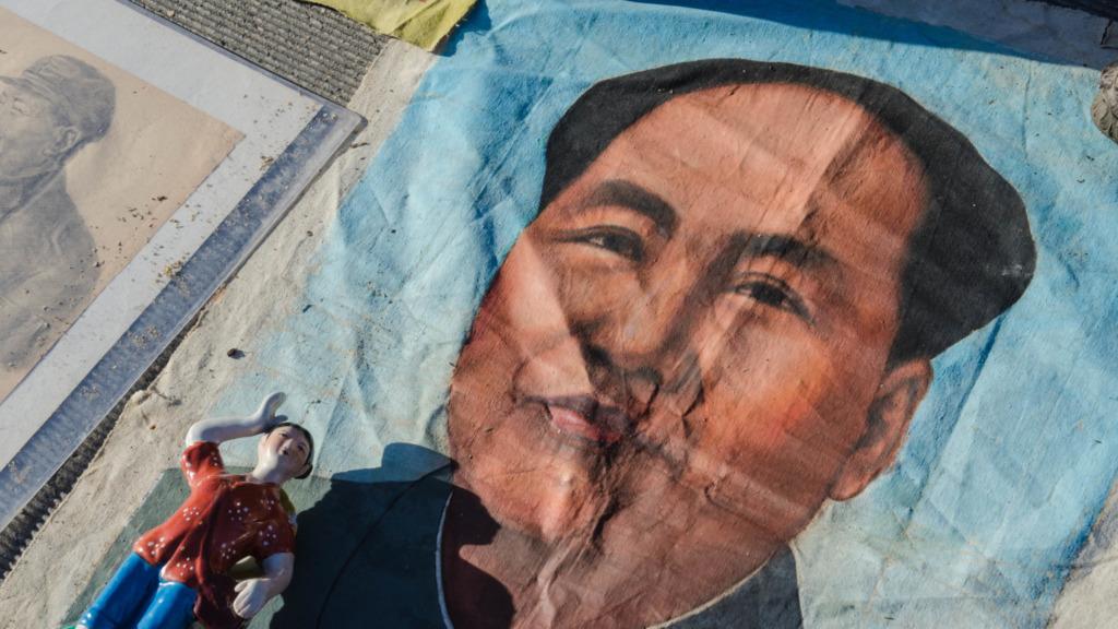 Mao ist ein gern gesehener Gast auf dem Penjiayuan Markt in Peking - wenn auch nur als Statue und auf dem Papier.
