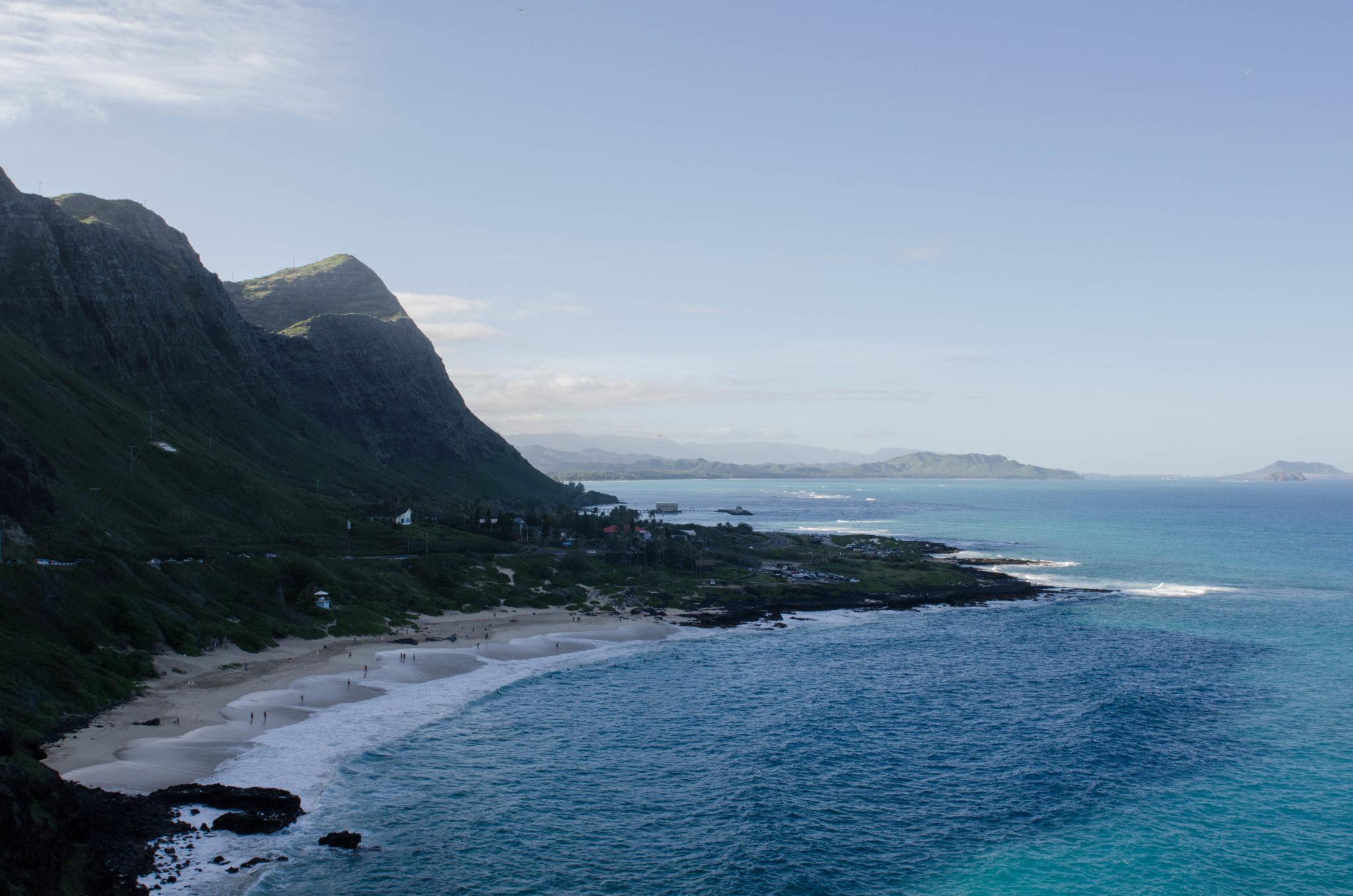 Die Ostküste von Oahu steckt bei einem Hawaii Urlaub voller Überraschungen