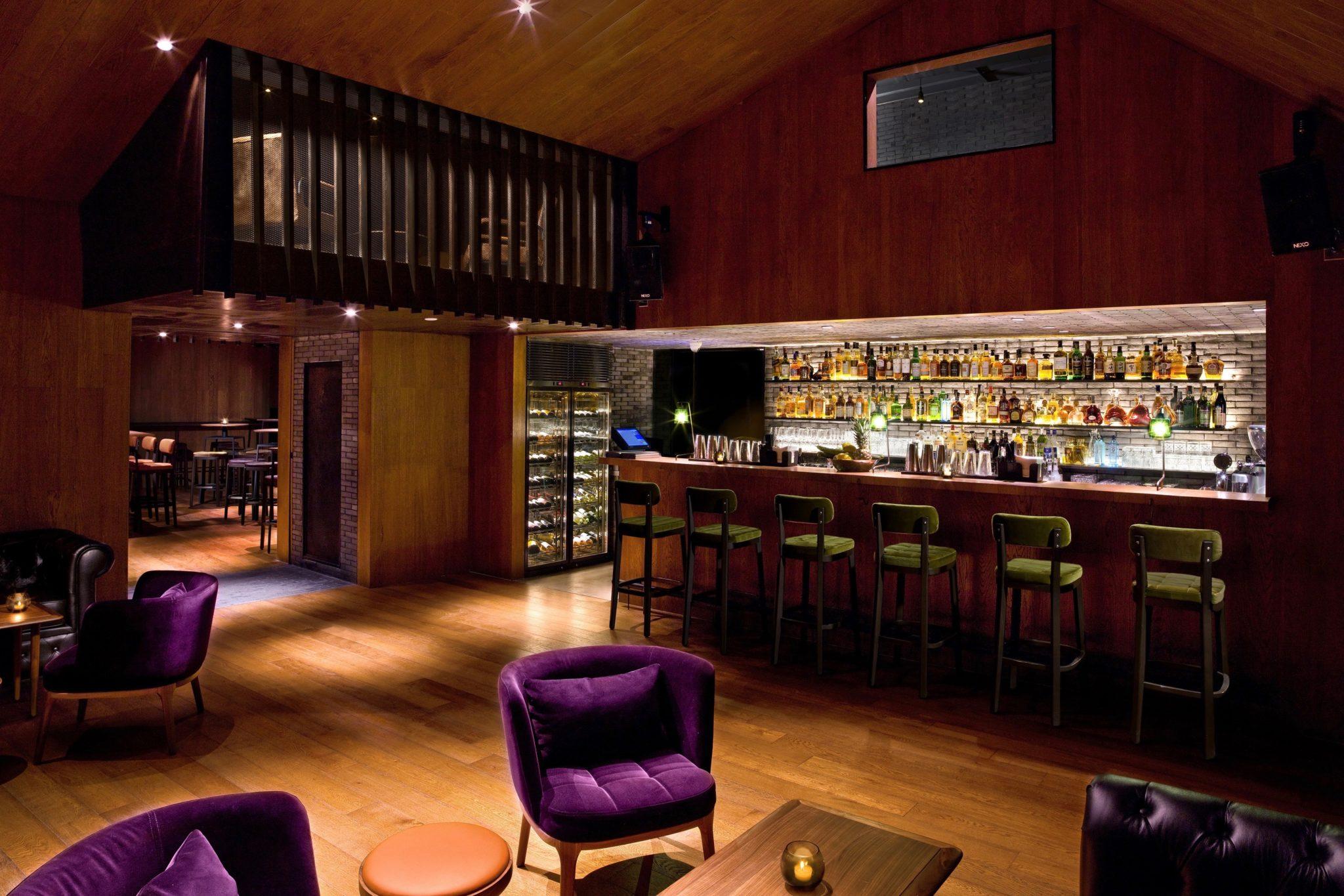 Die Whisky Bar als Hotelbar ist so ziemlich der coolste Ort für einen Absacker in der Metropole Peking