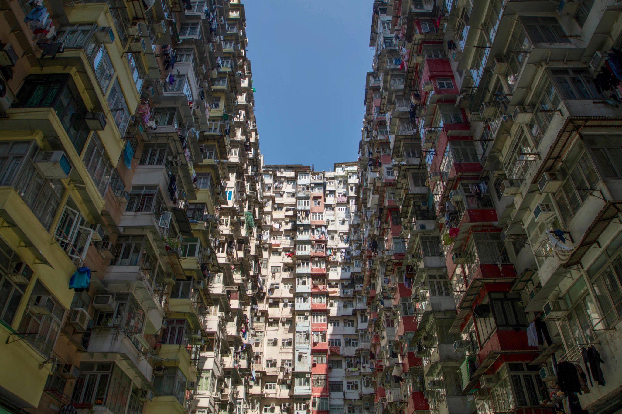 Hongkong Reisetipps: Die Montane Mansions sind überall bekannt als das Monster Building