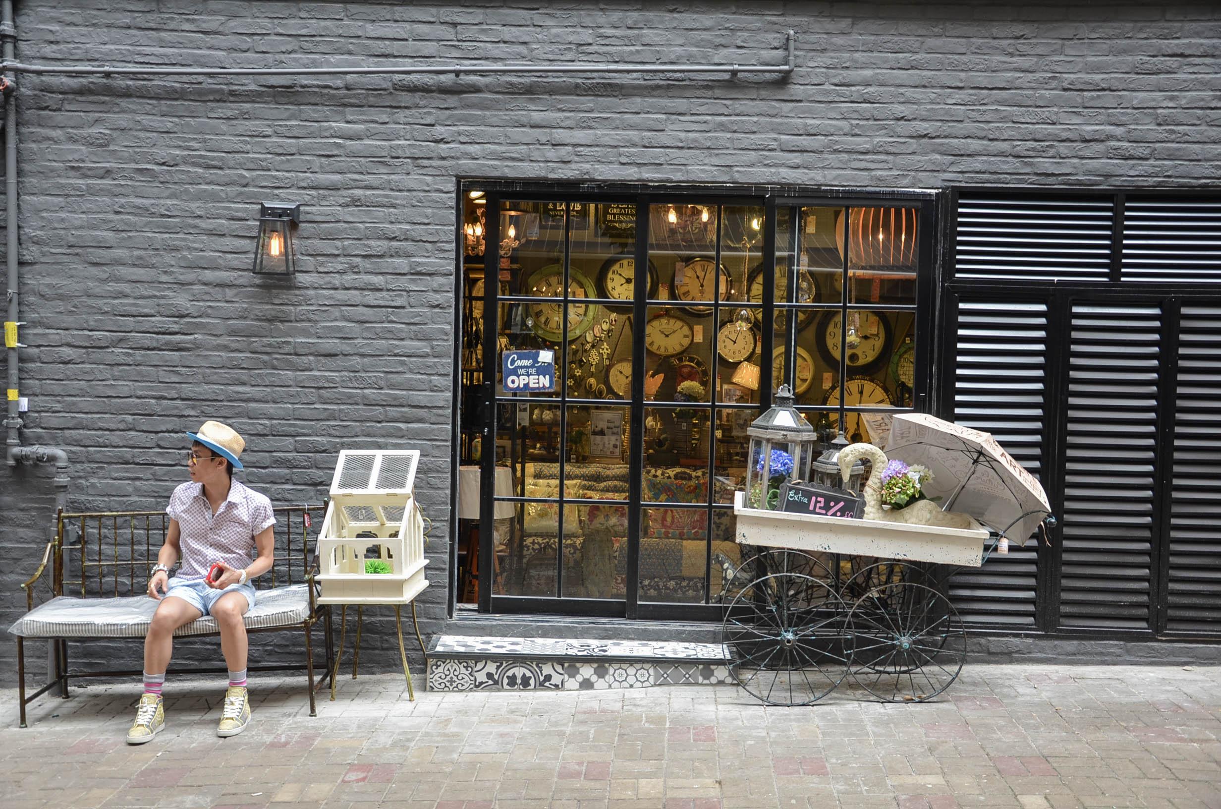 Hongkong Reisetipps: Junge Reisende werden in Hongkong sicherlich in Sheung Wan glücklich.