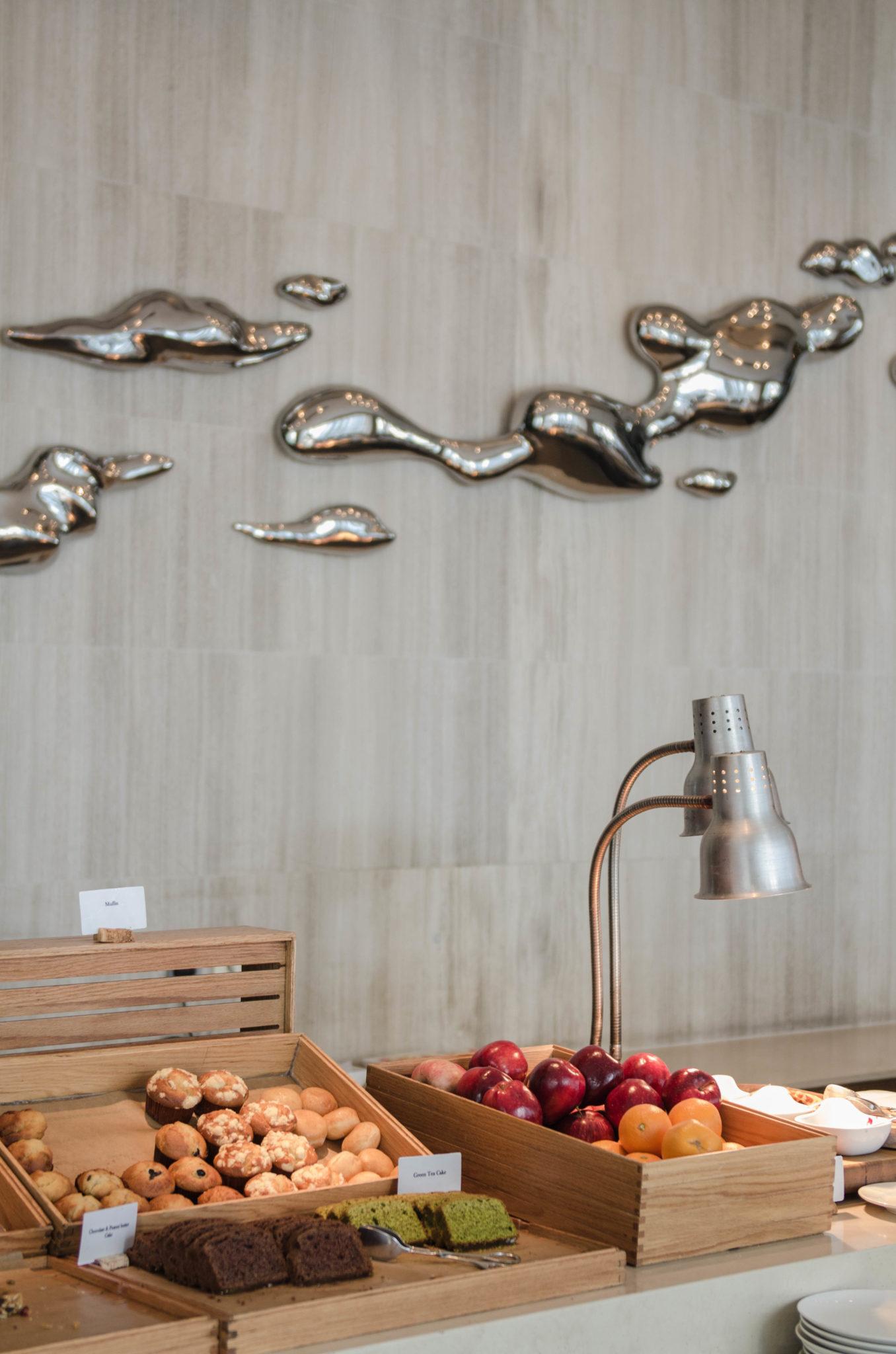 Das Frühstücksbuffet im Hotel EAST in Hong Kong