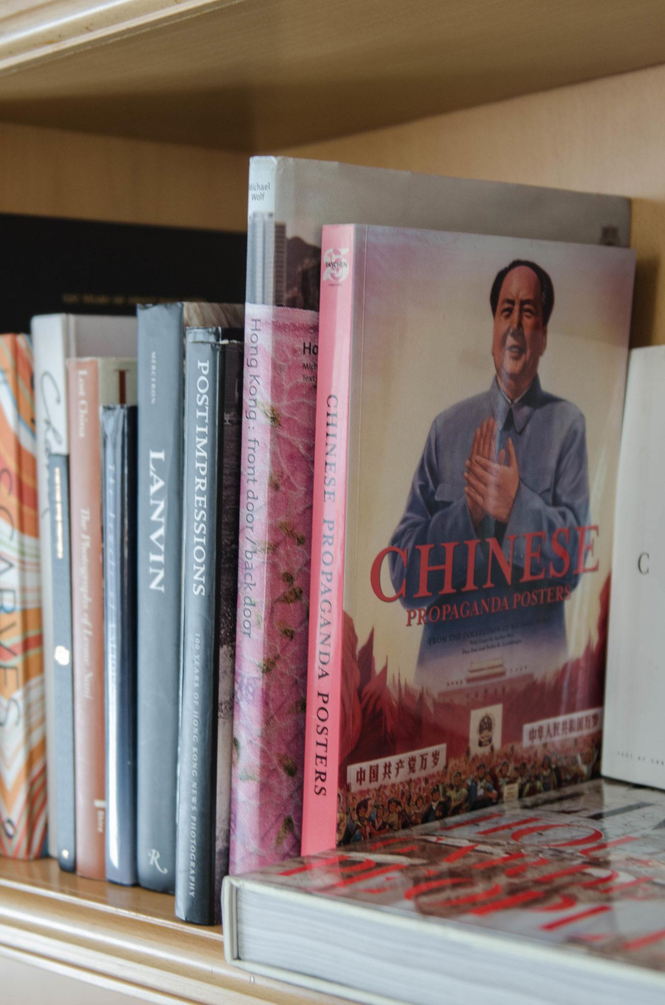 Lanson Place Hotel Hongkong: Die Buchauswahl in der Bibliothek ist sehr variabel