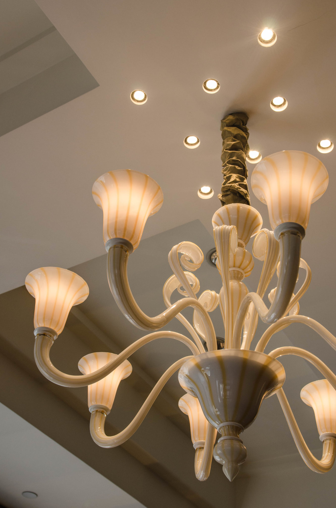 Lanson Place Hotel Hongkong: Merano Glas als Leuchter