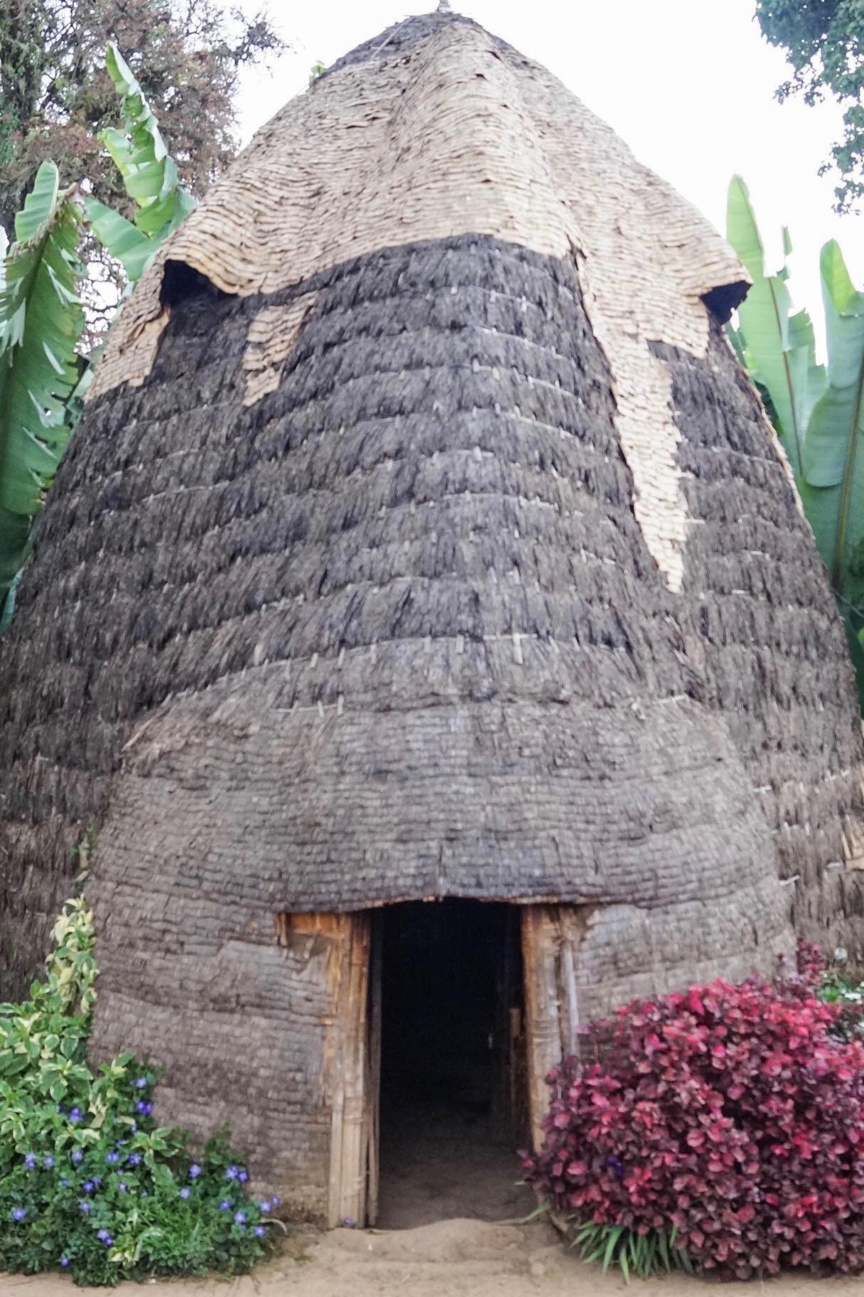Die Dorze in Äthiopien leben in Hütten, die an Elefanten erinnern.