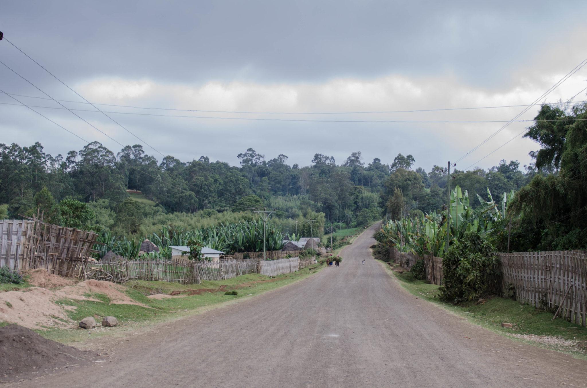 Ein Besuch im Dorze Dorf in Äthiopien beginnt mit einer langen Fahrt durch das Nichts.