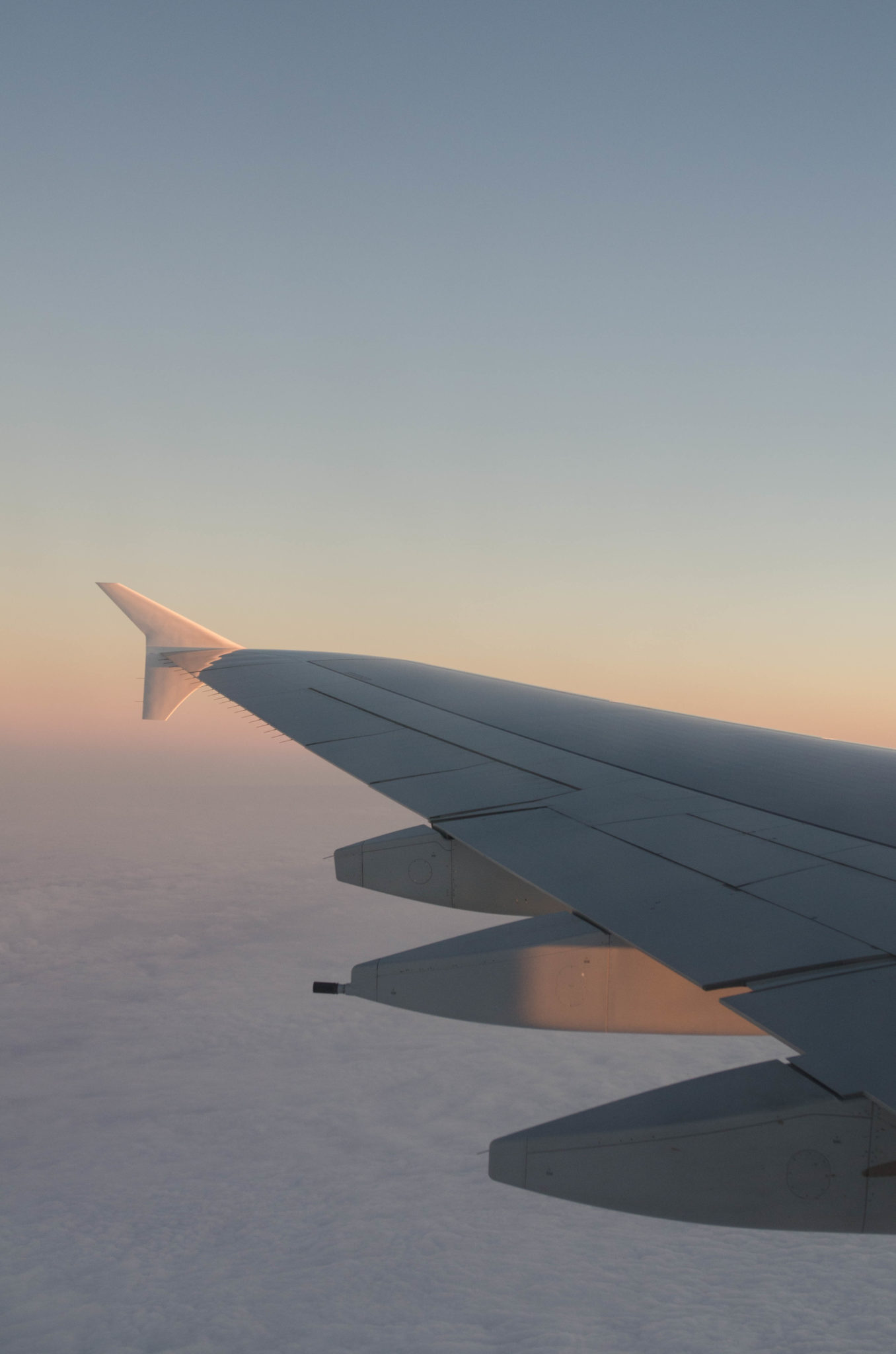 Der Sonnenuntergang aus dem Airbus A380 in der Business Class von Emirates ist malerisch.