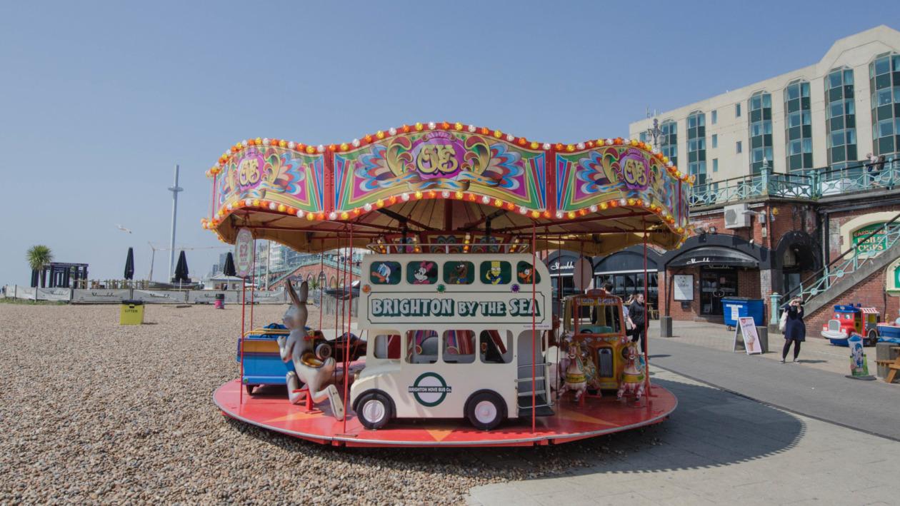 Der Strand von Brighton ist der beste Ort für einen ausgiebigen Spaziergang.
