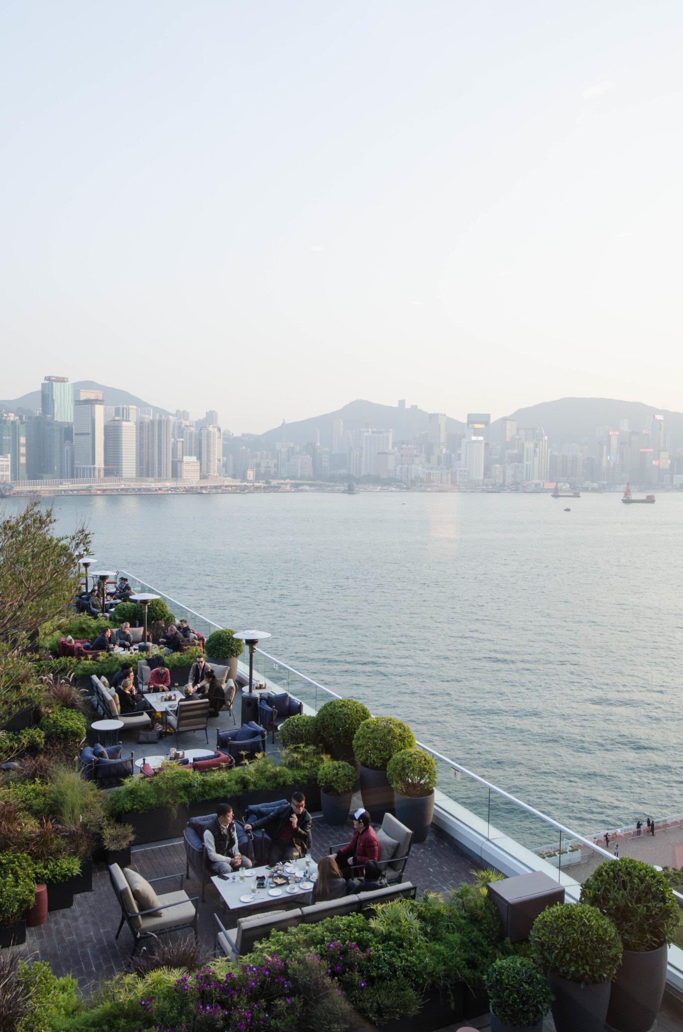 Die Aussicht vom Kerry Hotel Hong Kong ist einmalig.
