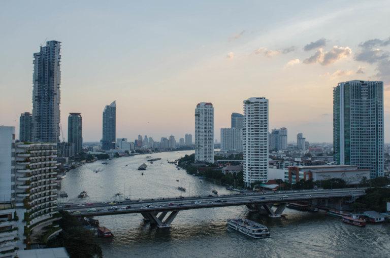 Riverside Beauty: Shangri-La Hotel, Bangkok