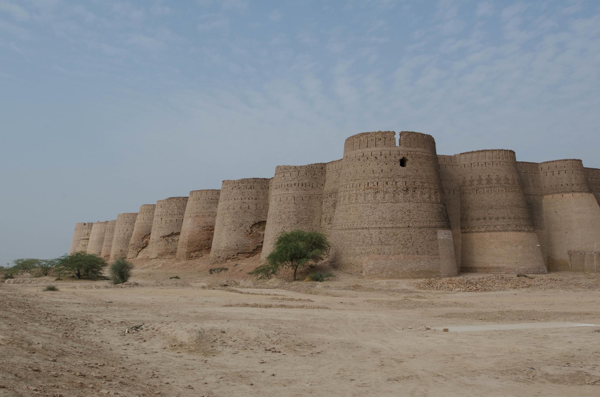 Das Derawar Fort in der Cholistan Wüste