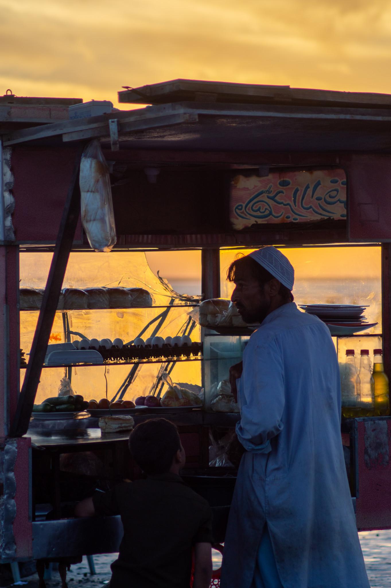 Sonnenuntergang am Strand von Karatschi