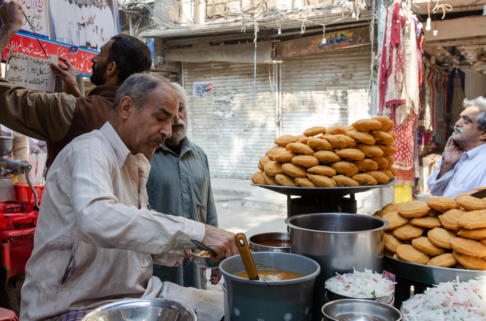 Ladu ist ein vegetarischer Snack in Pakistan
