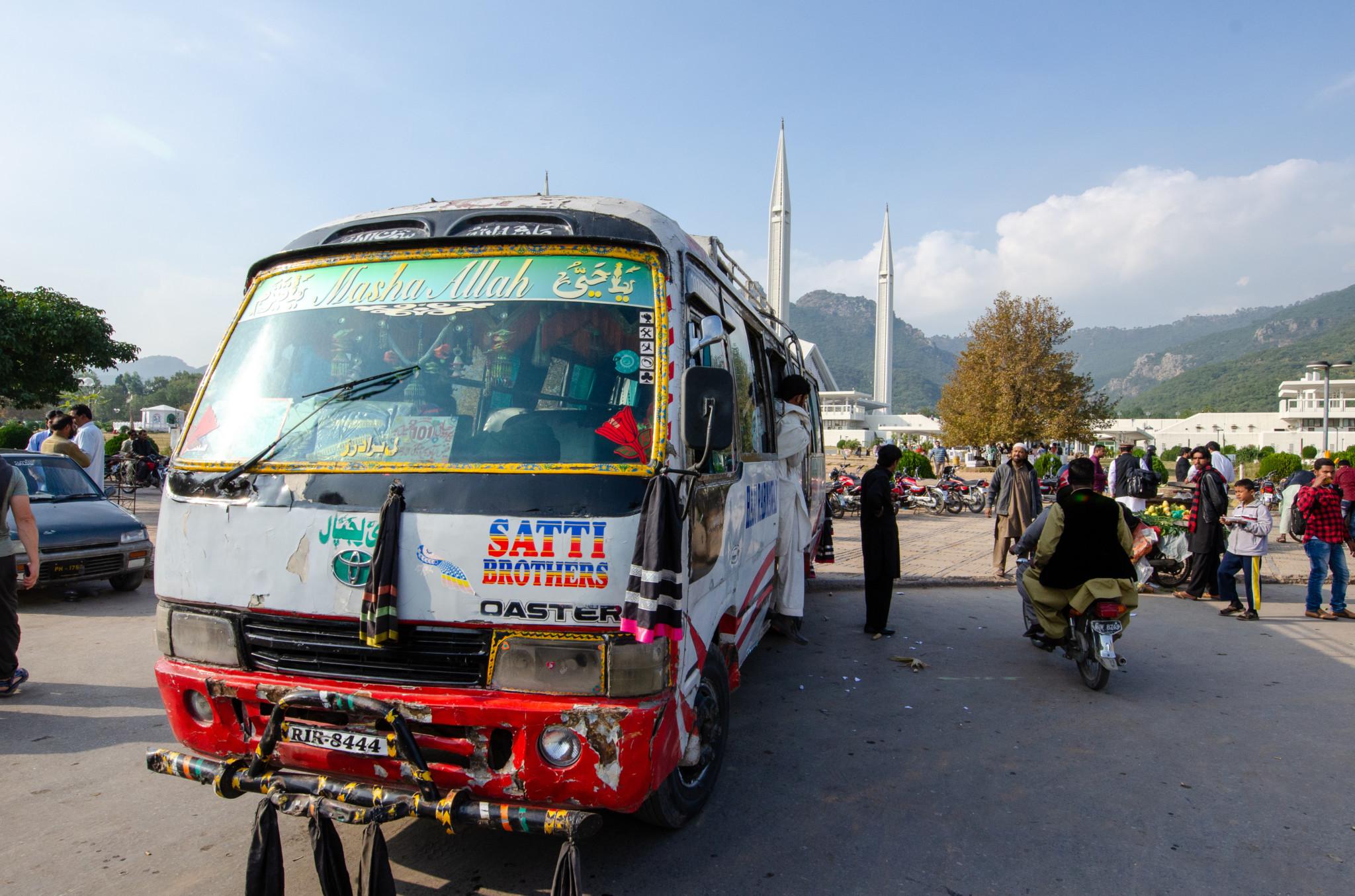 Busfahren im Pakistan Urlaub