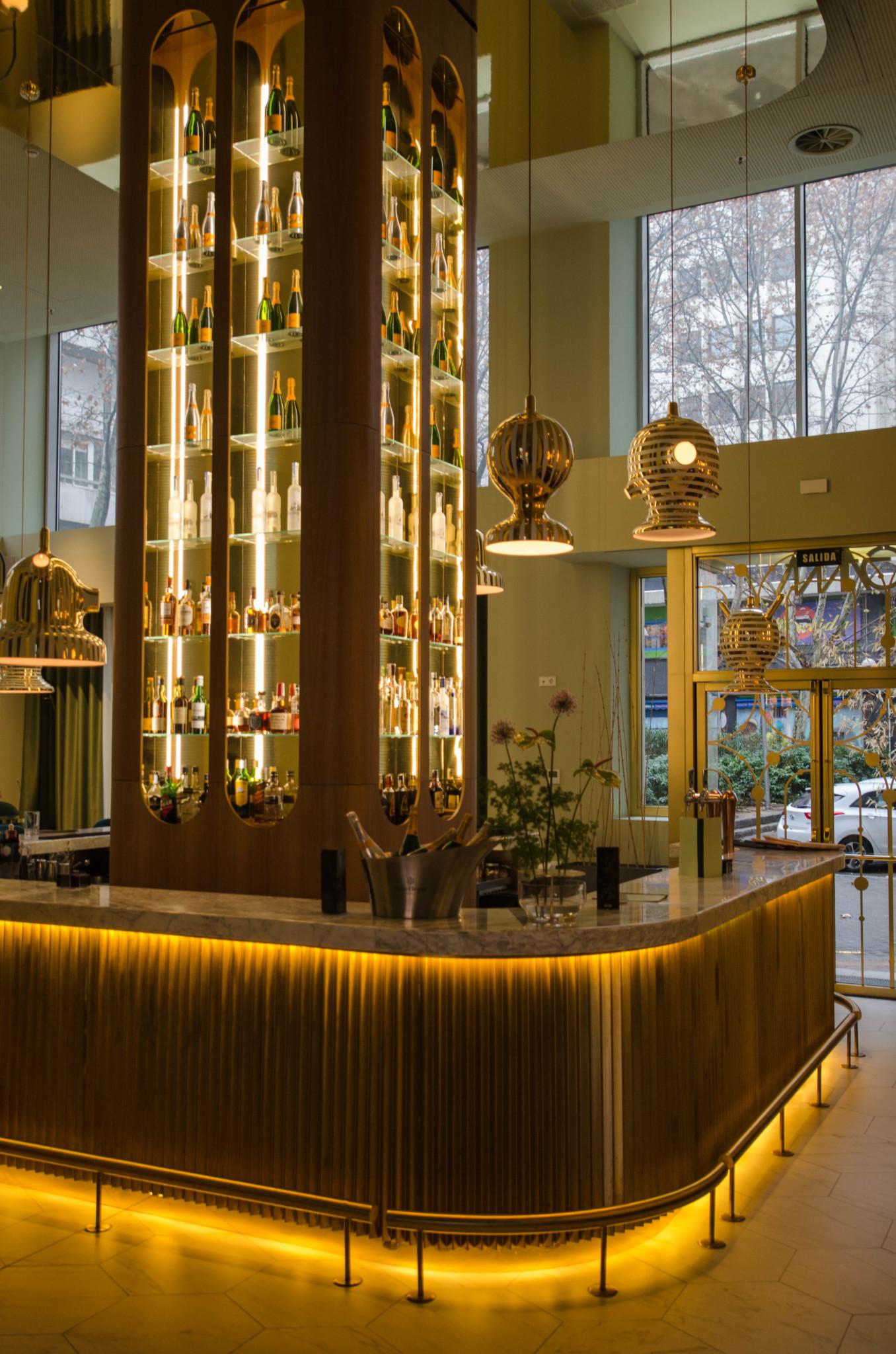 Bar im Barcelo Hotel Madrid