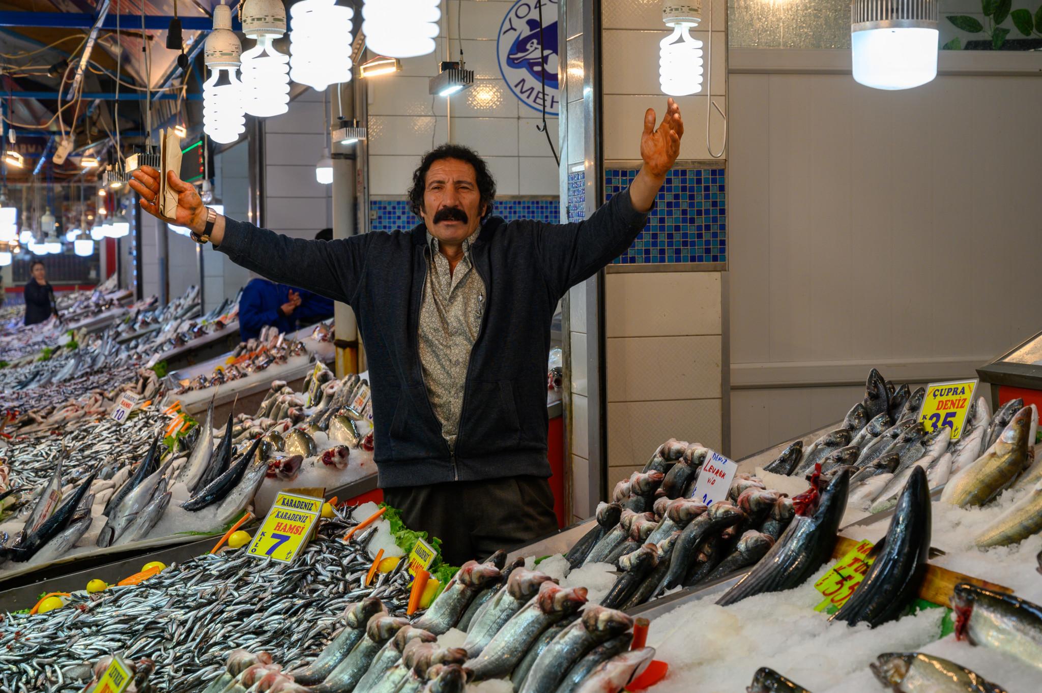Fischverkäufer in Ankara Türkei