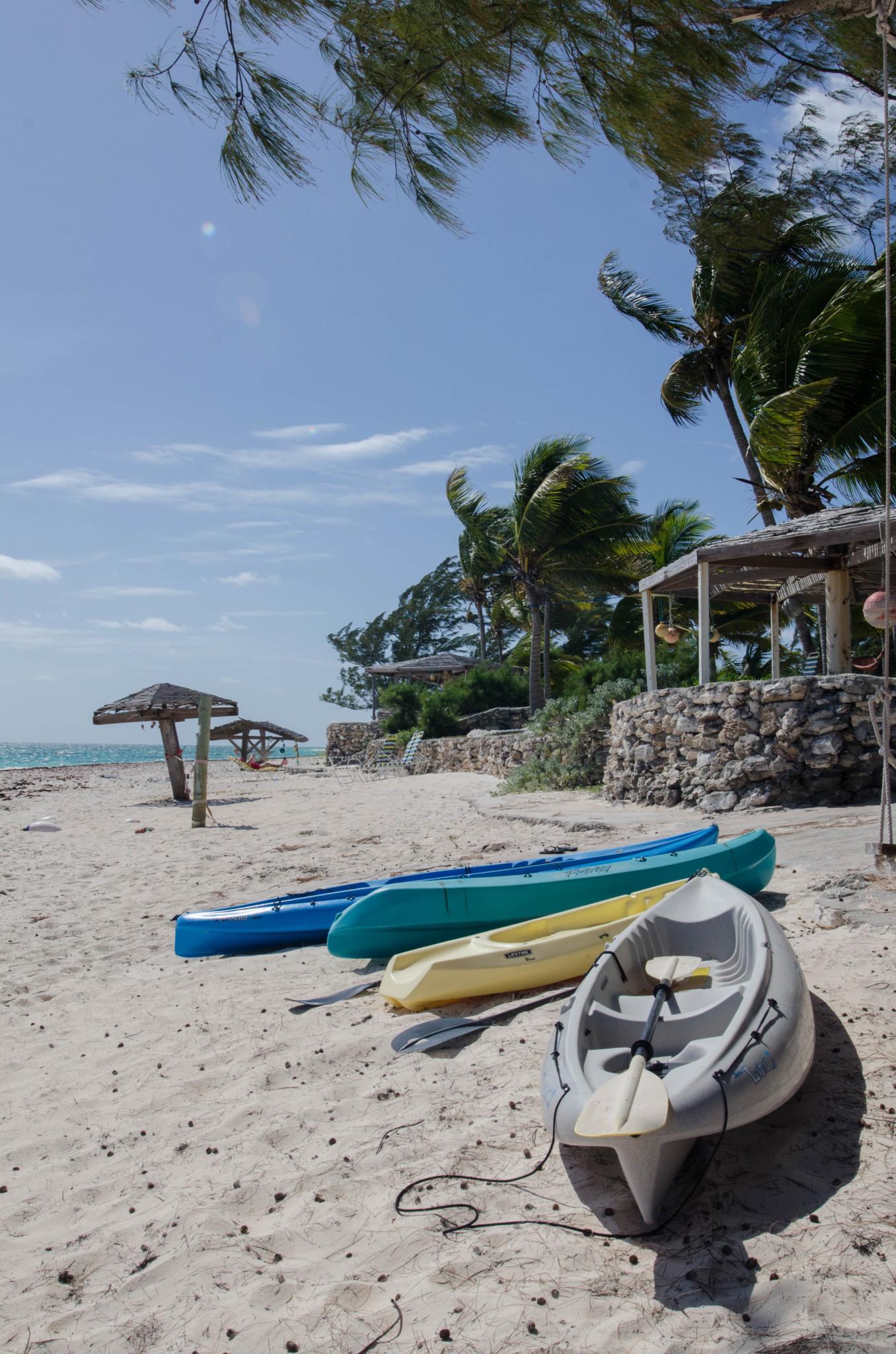 Kanus ausleihen im Greenwood Beach Hotel Bahamas