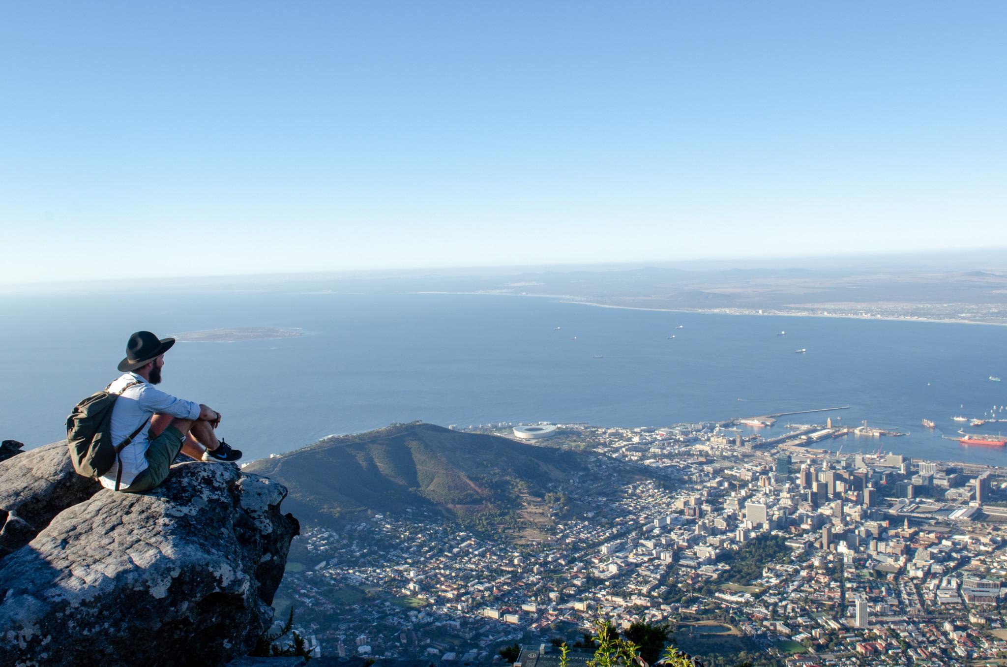 Eine der wichtigsten Südafrika Sehenswürdigkeiten ist der Tafelberg in Kapstadt