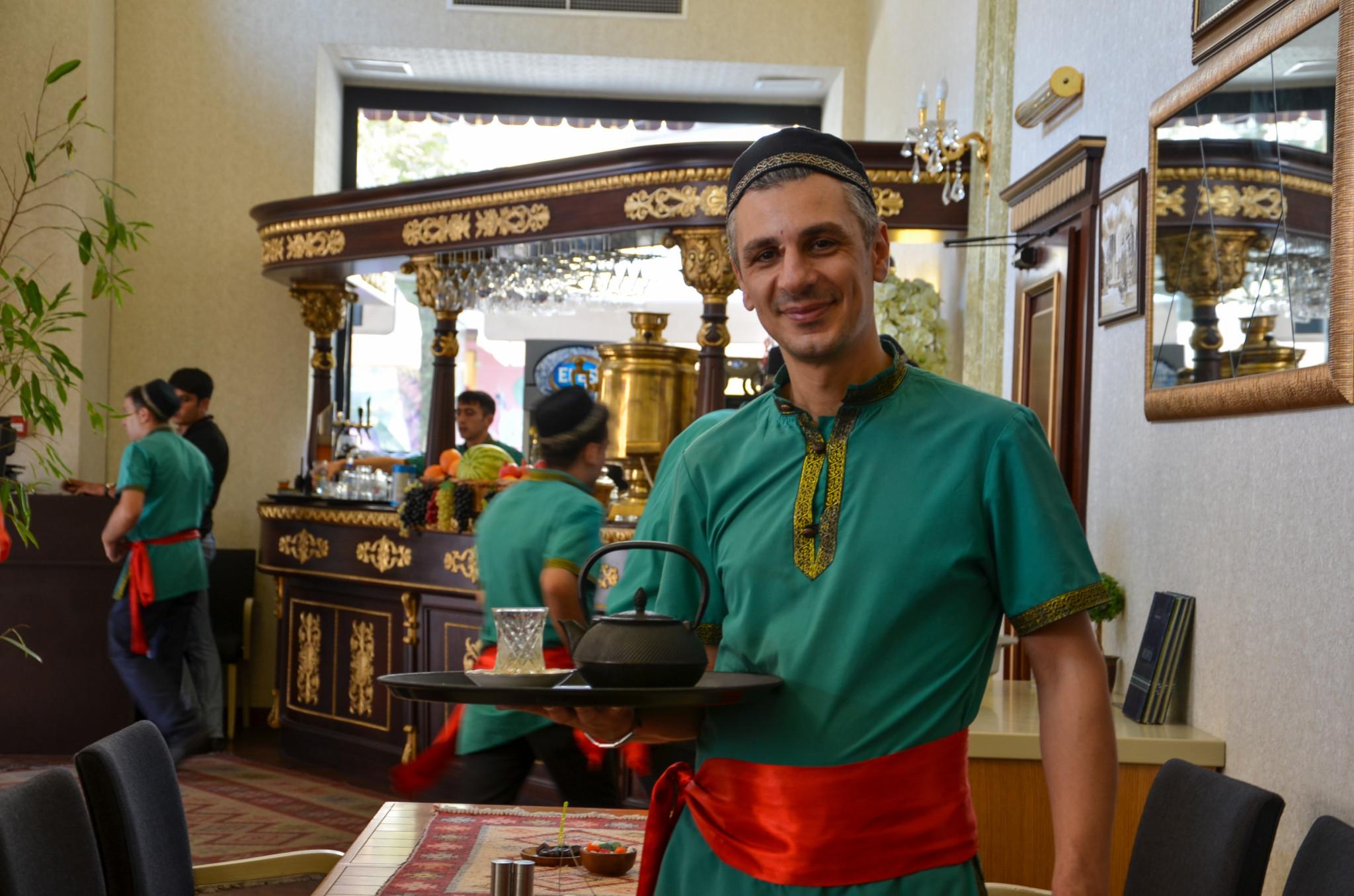 In Aserbaidschan essen zu gehen bedeutet, Tee zu trinken