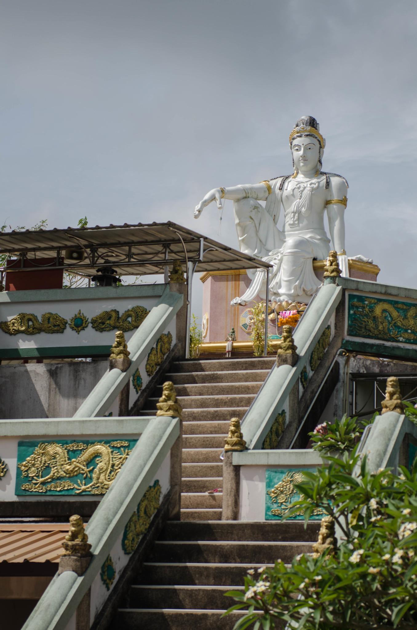 Chumphon Thailand Sehenswürdigkeiten Sadej Tia Schrein