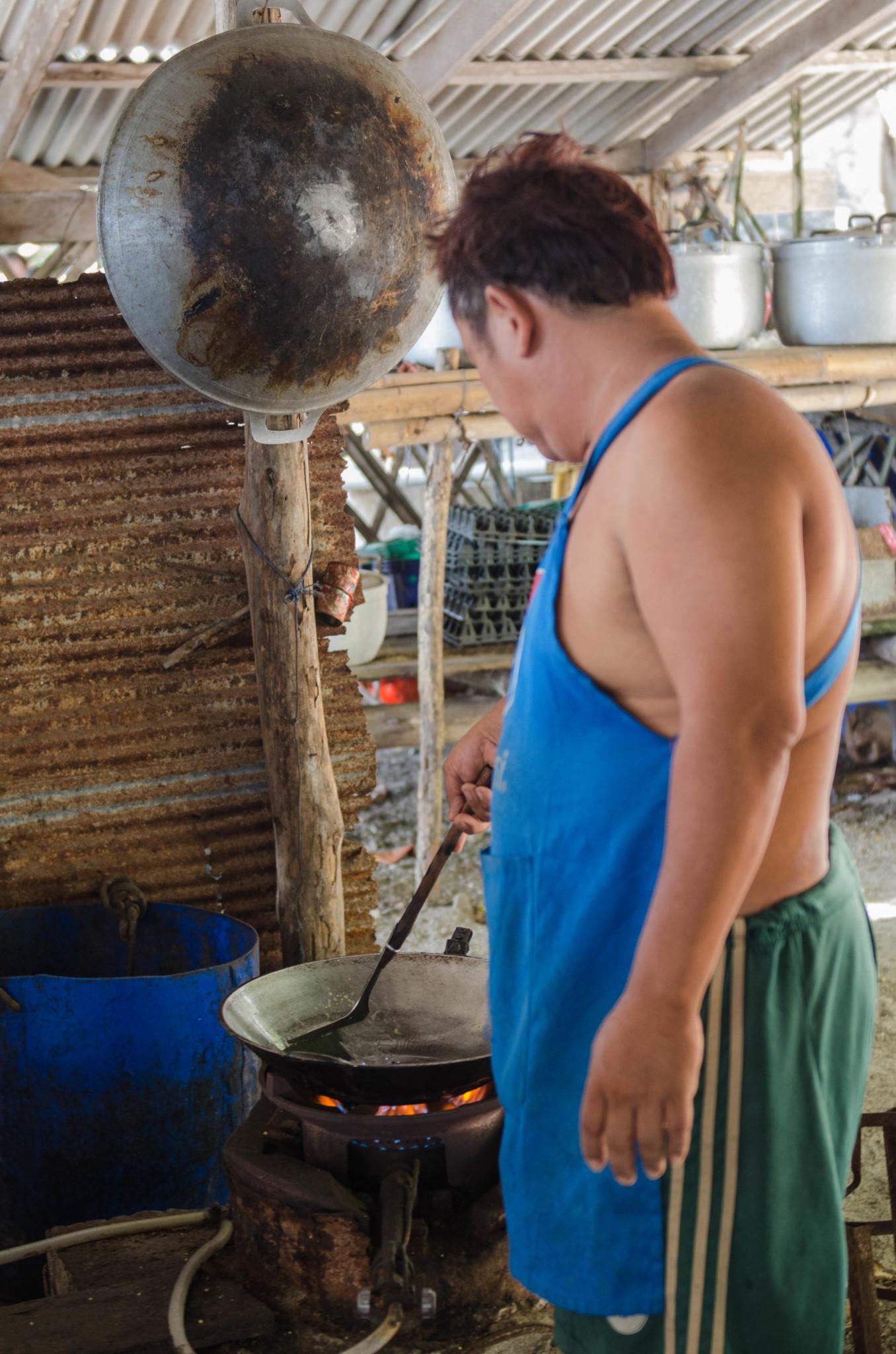 Koch auf Koh Lung Ga Jiw