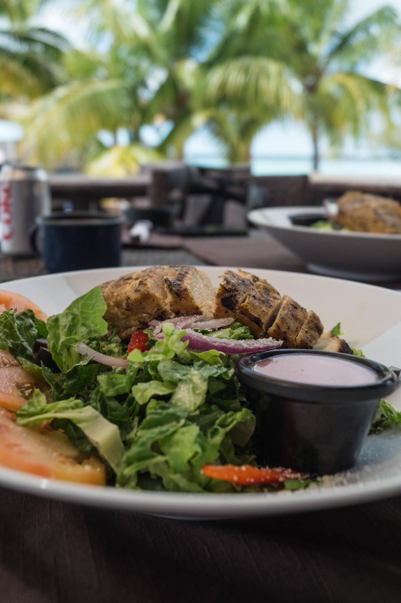 Essen im Frigate's Restaurant auf Eleuthera