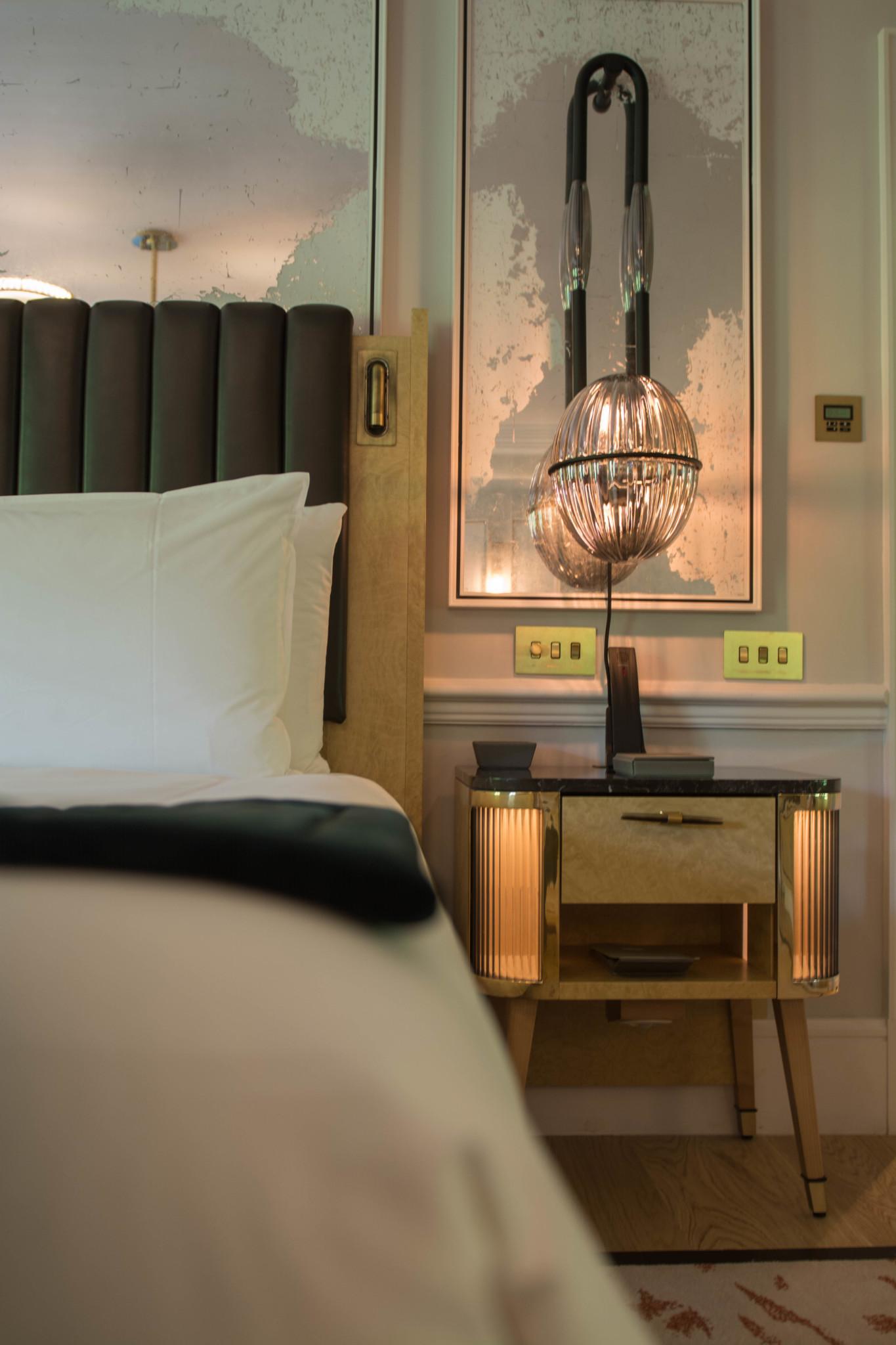 Bett im Zimmer vom Mandarin Oriental Hotel in London