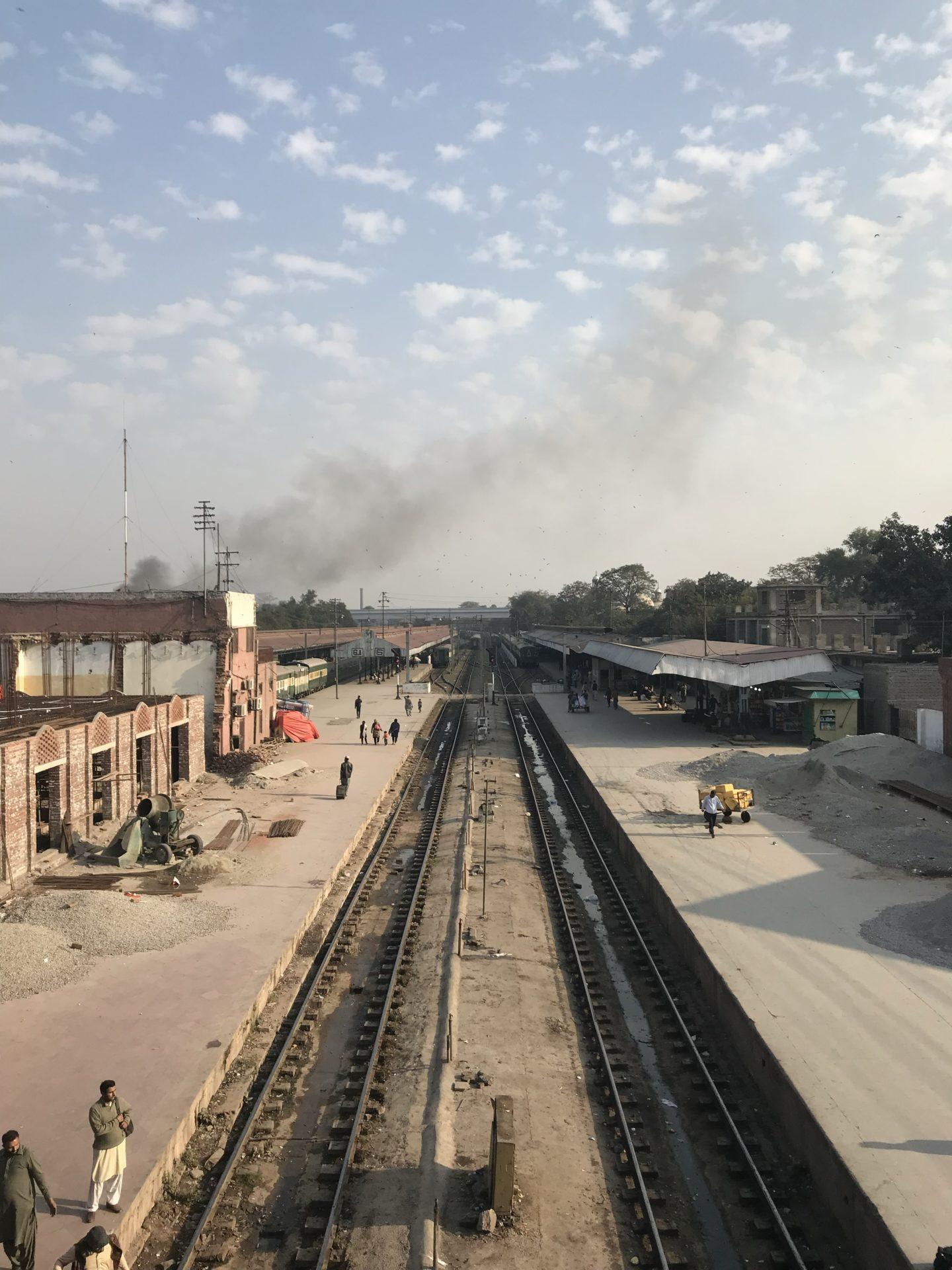 Zugfahren in Pakistan
