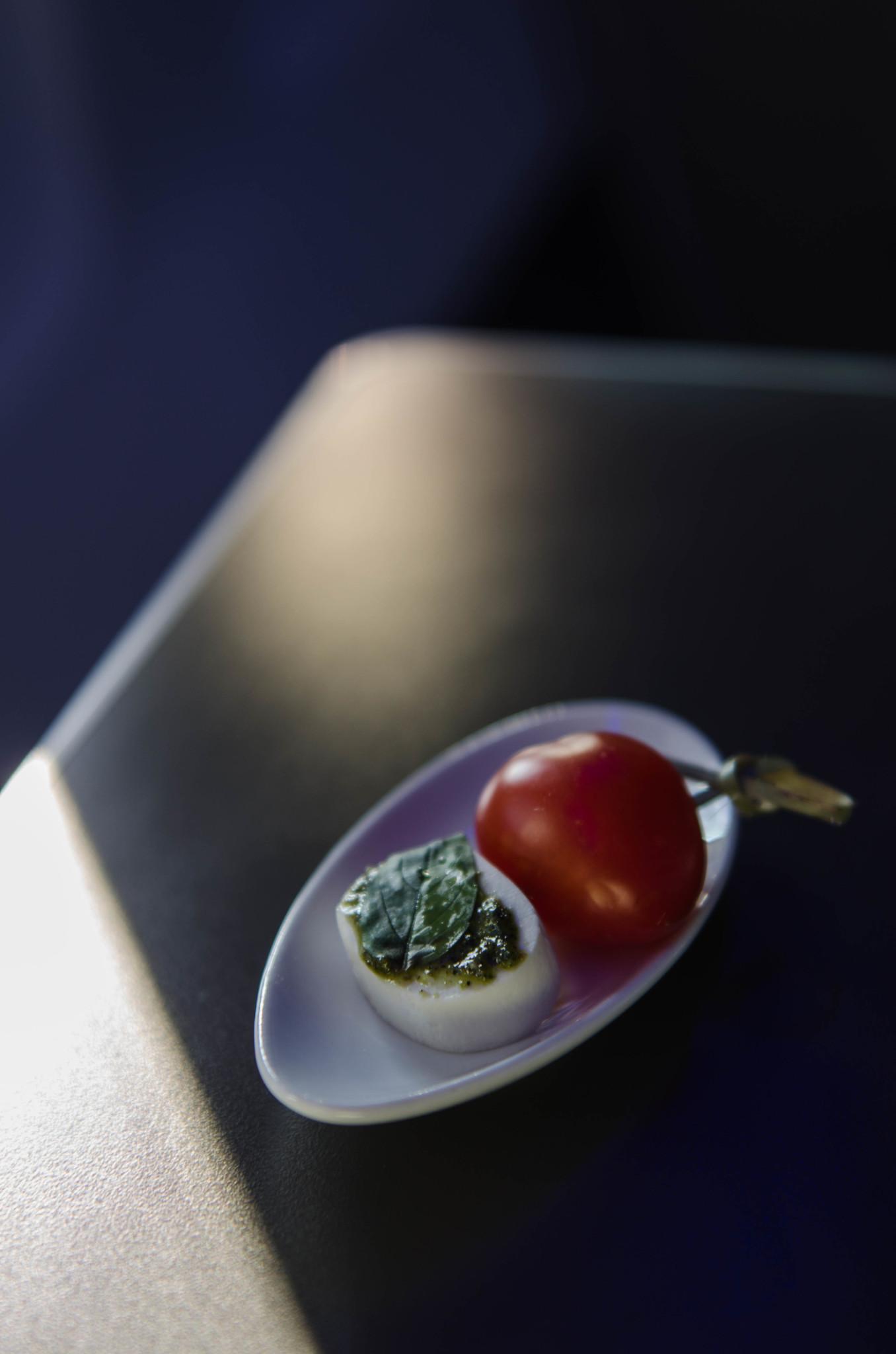 Essen in der Air Astana Business Class