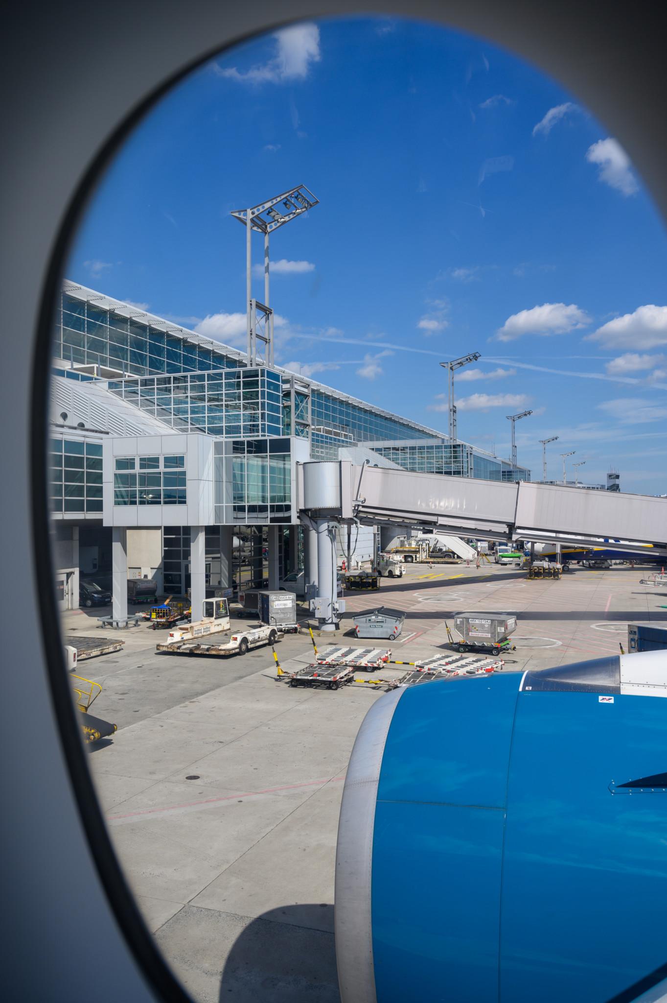 Vor dem Abflug in der Vietnam Airlines Premium Economy
