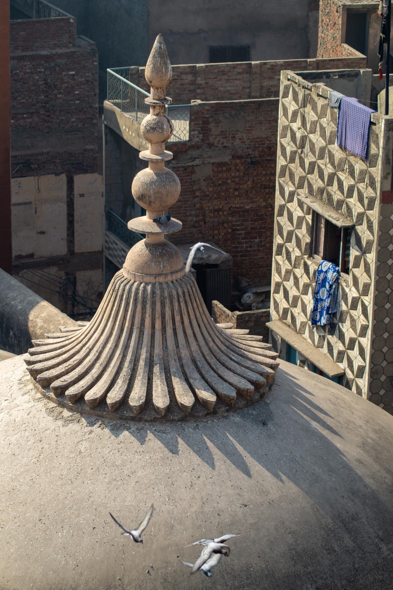 Kuppe von oben in der Wazir Khan Moschee in Lahore