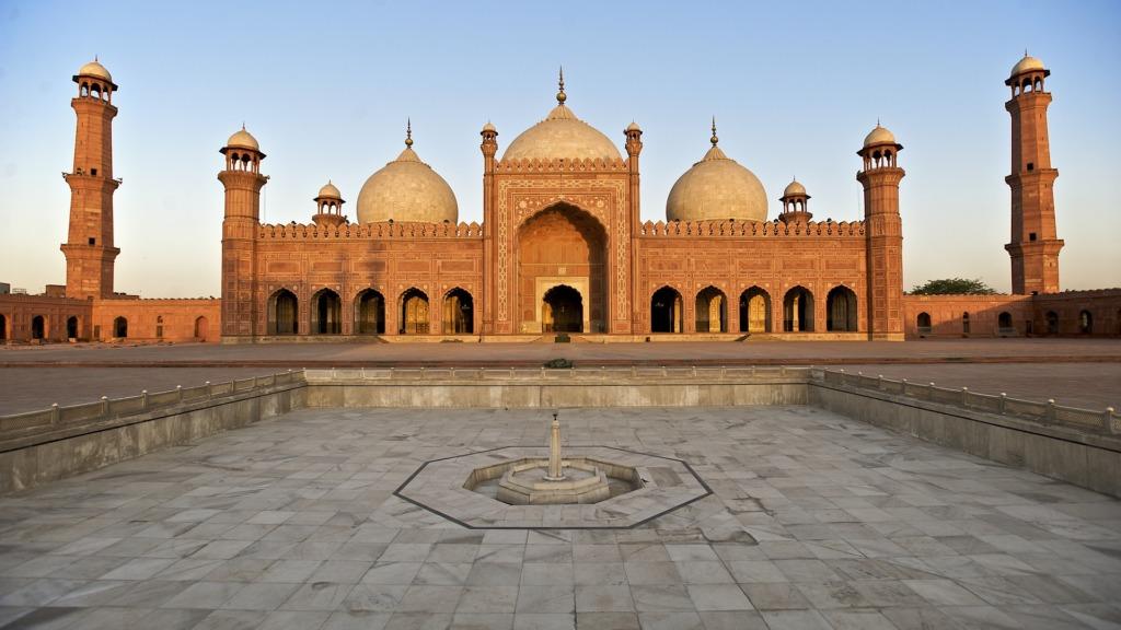 Die Badshahi Moschee ist eins der Highlights in Lahore