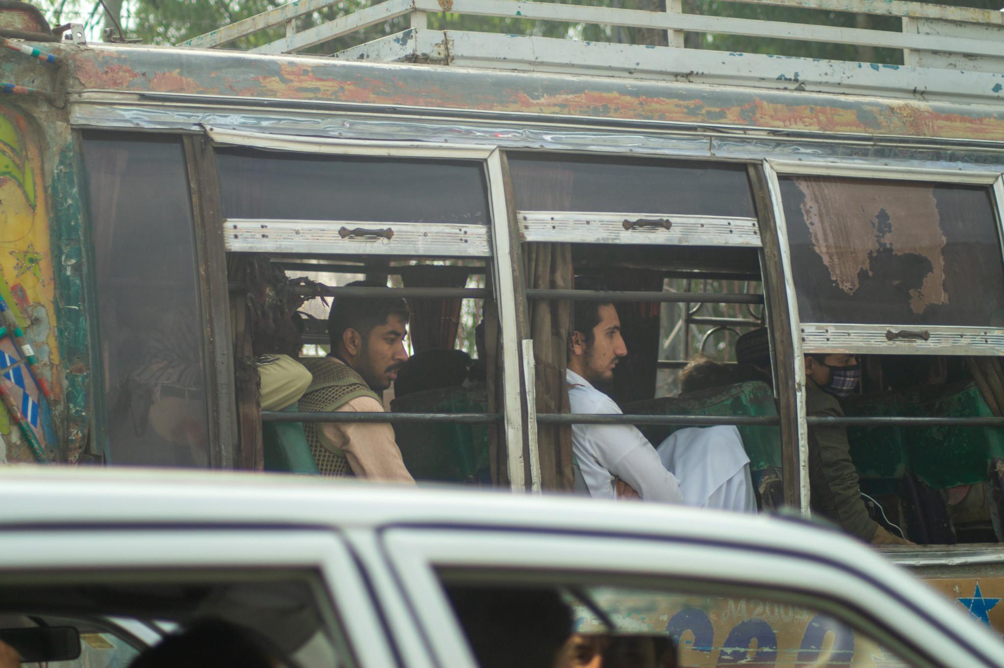 Busfahren klappt in Pakistan sehr leicht